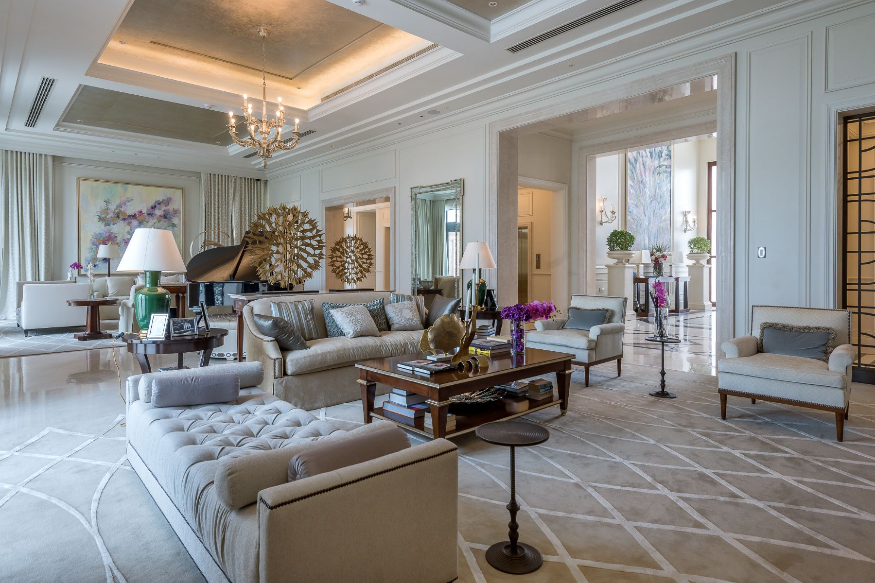 Casa Unifamiliar por un Venta en Contemporary Arabesque Mansion Dubai, Emiratos Arabes Unidos