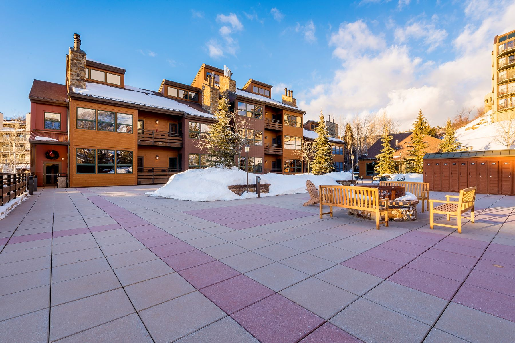 Кондоминиум для того Продажа на Kutuk Condo, Steamboat Springs 2000 Ski Time Square Dr #208, Steamboat Springs, Колорадо, 80487 Соединенные Штаты