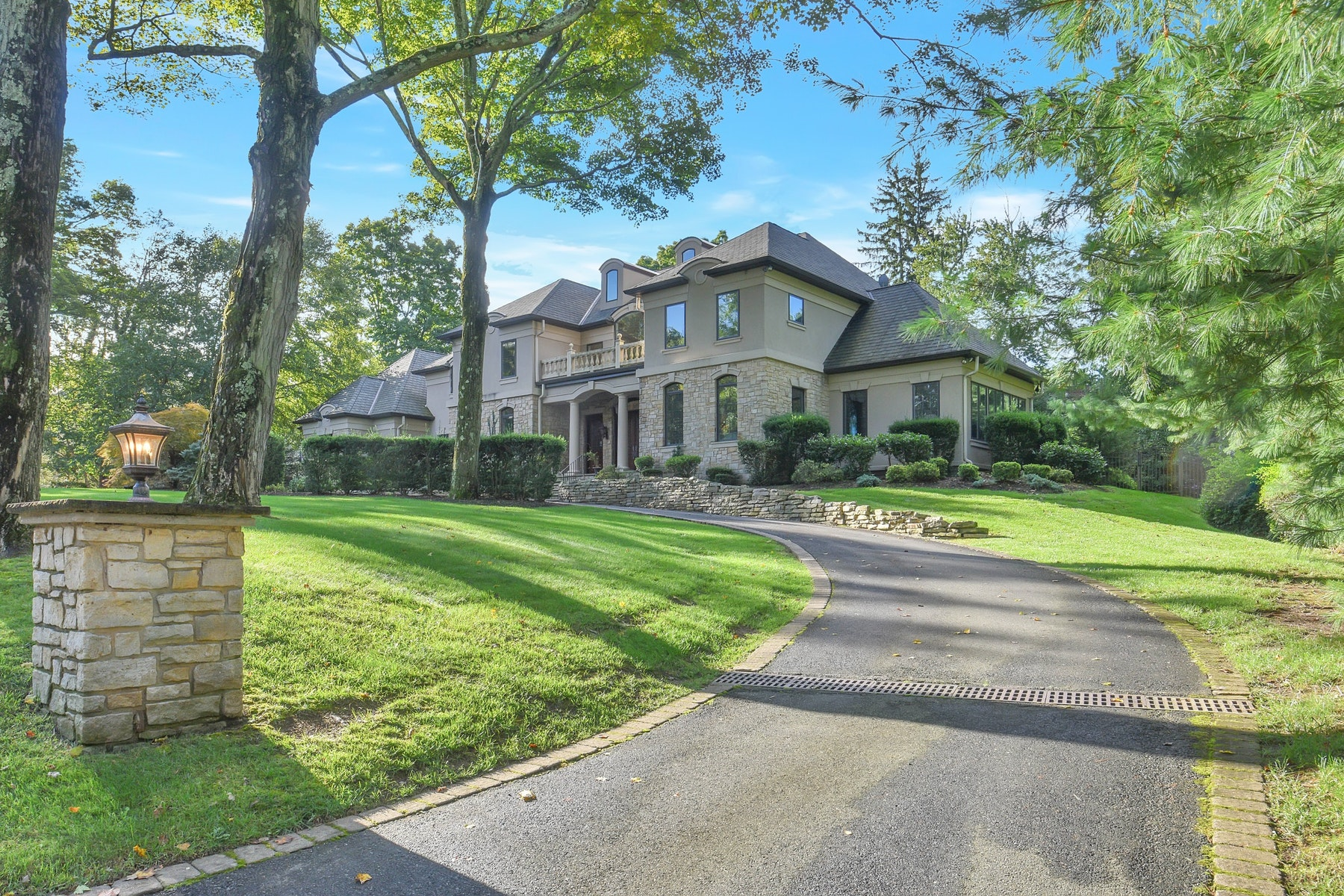Single Family Homes for Sale at Breathtaking Custom Estate 38 Weiss Rd. Upper Saddle River, New Jersey 07458 United States