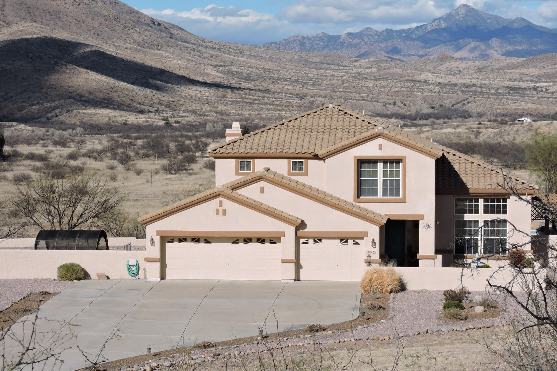 Single Family Home for Sale at Gracious Mediterranean style home with spectacular views 40 Kents Ave Rio Rico, Arizona, 85648 United States
