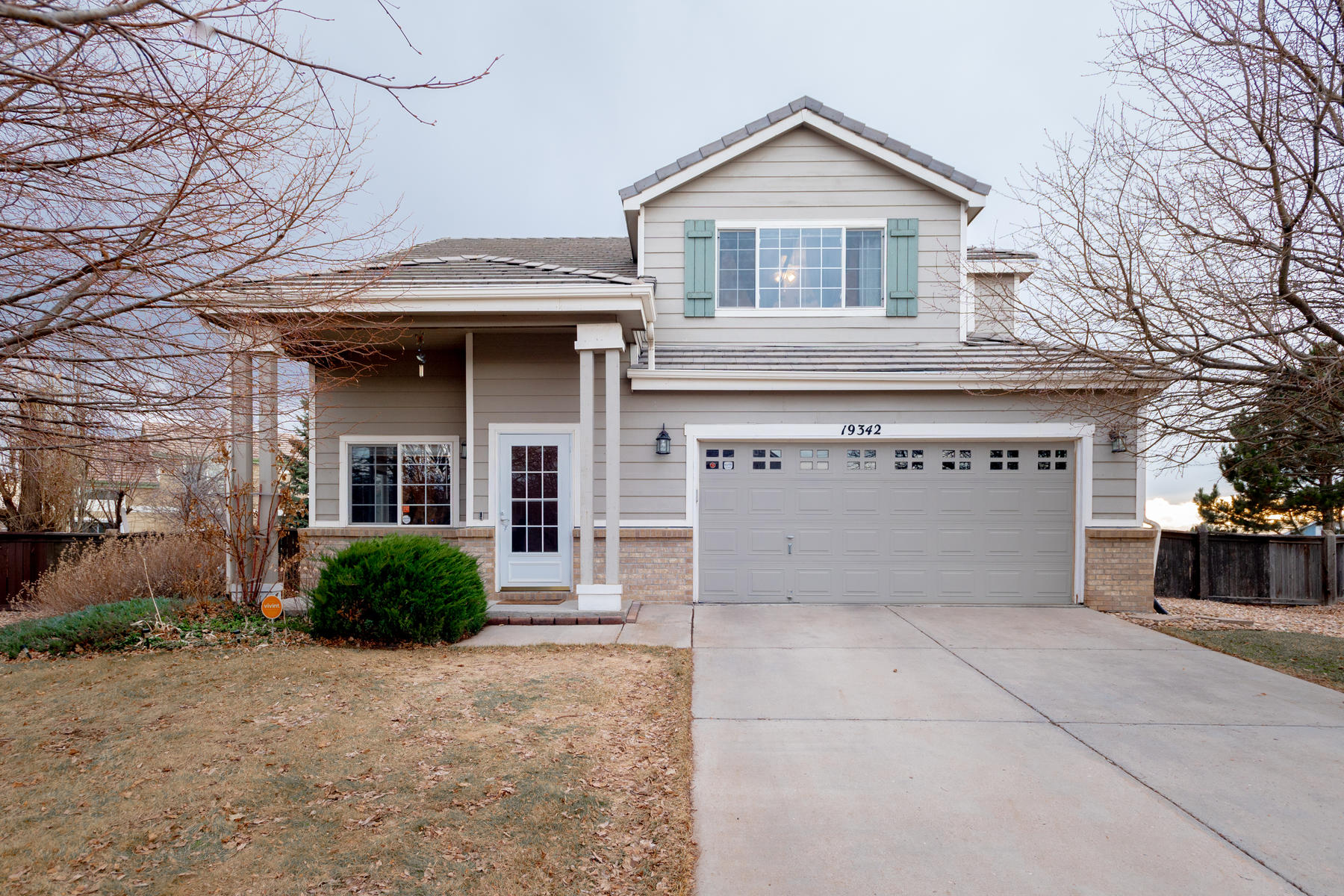 Single Family Homes のために 売買 アット The backyard you have been looking for! 19342 E 58th Place, Aurora, コロラド 80019 アメリカ