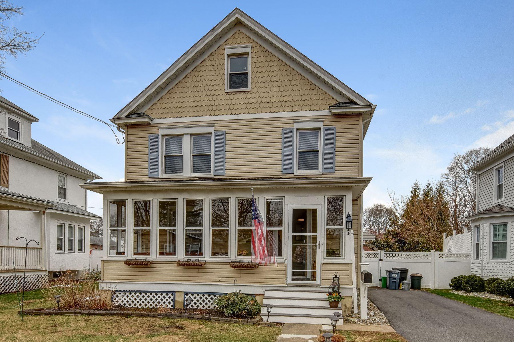 Moradia para Venda às Amazing Colonial Home 24 Franklin Place, Morris Plains, Nova Jersey 07950 Estados Unidos
