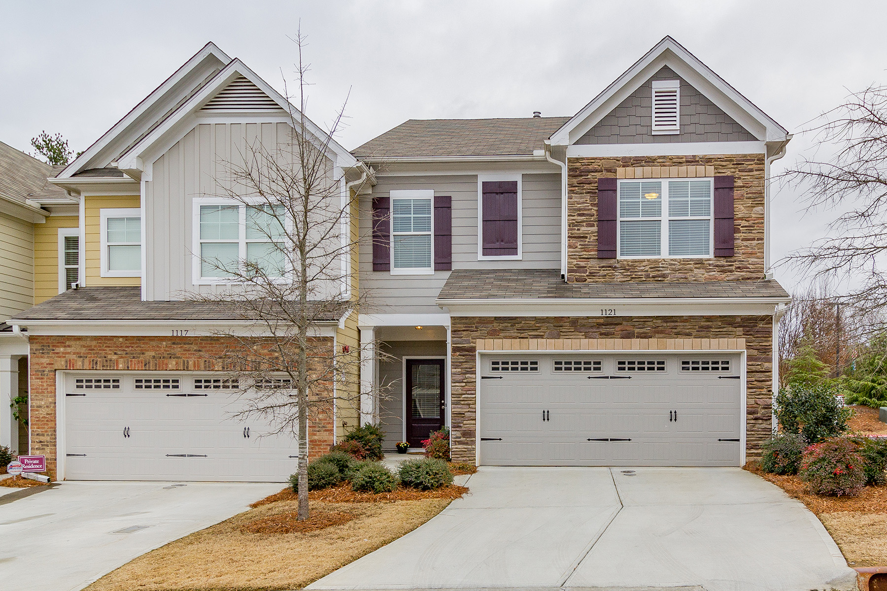 Townhouse for Sale at Charming Smyrna End Unit Townhome 1121 Dayton Drive Smyrna, Georgia 30082 United States