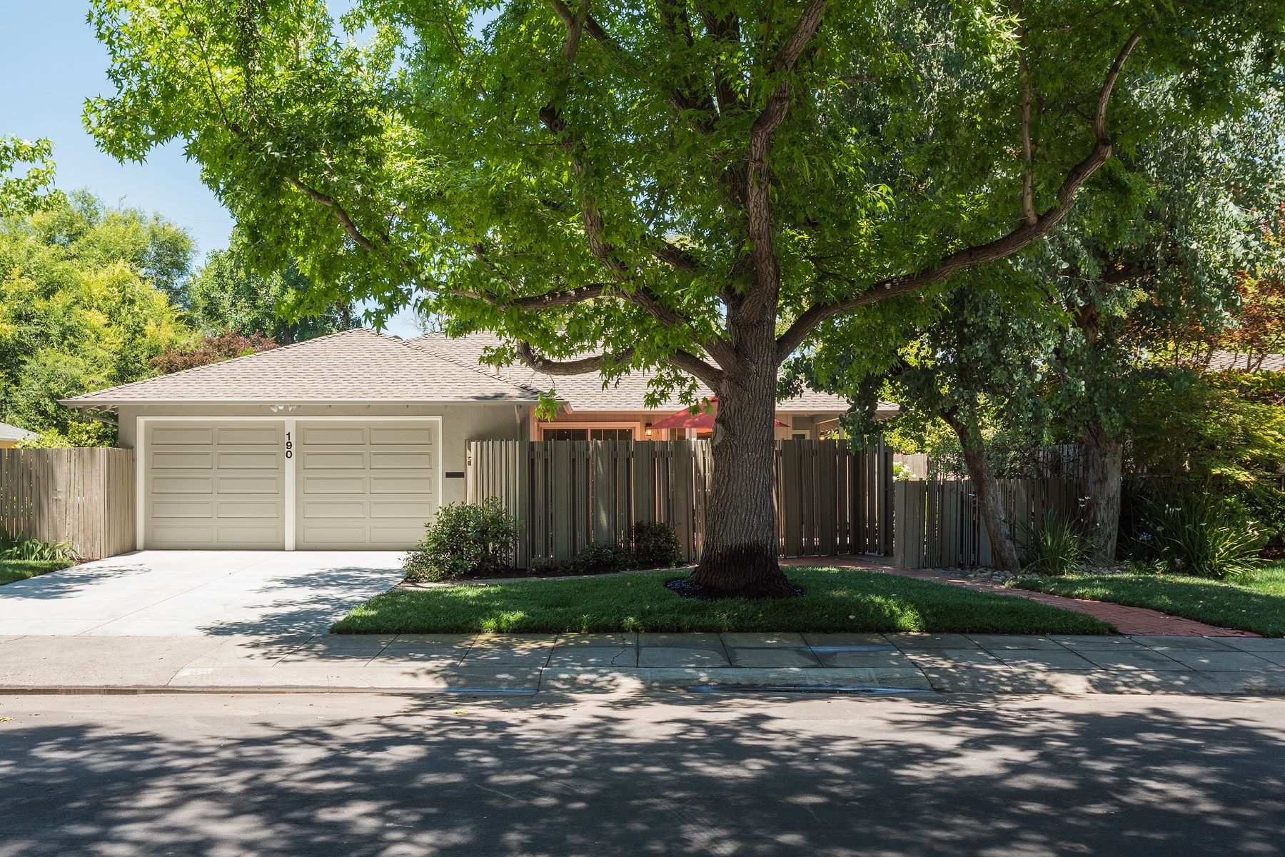 Single Family Home for Sale at 190 Walter Hays Dr Palo Alto, California 94303 United States