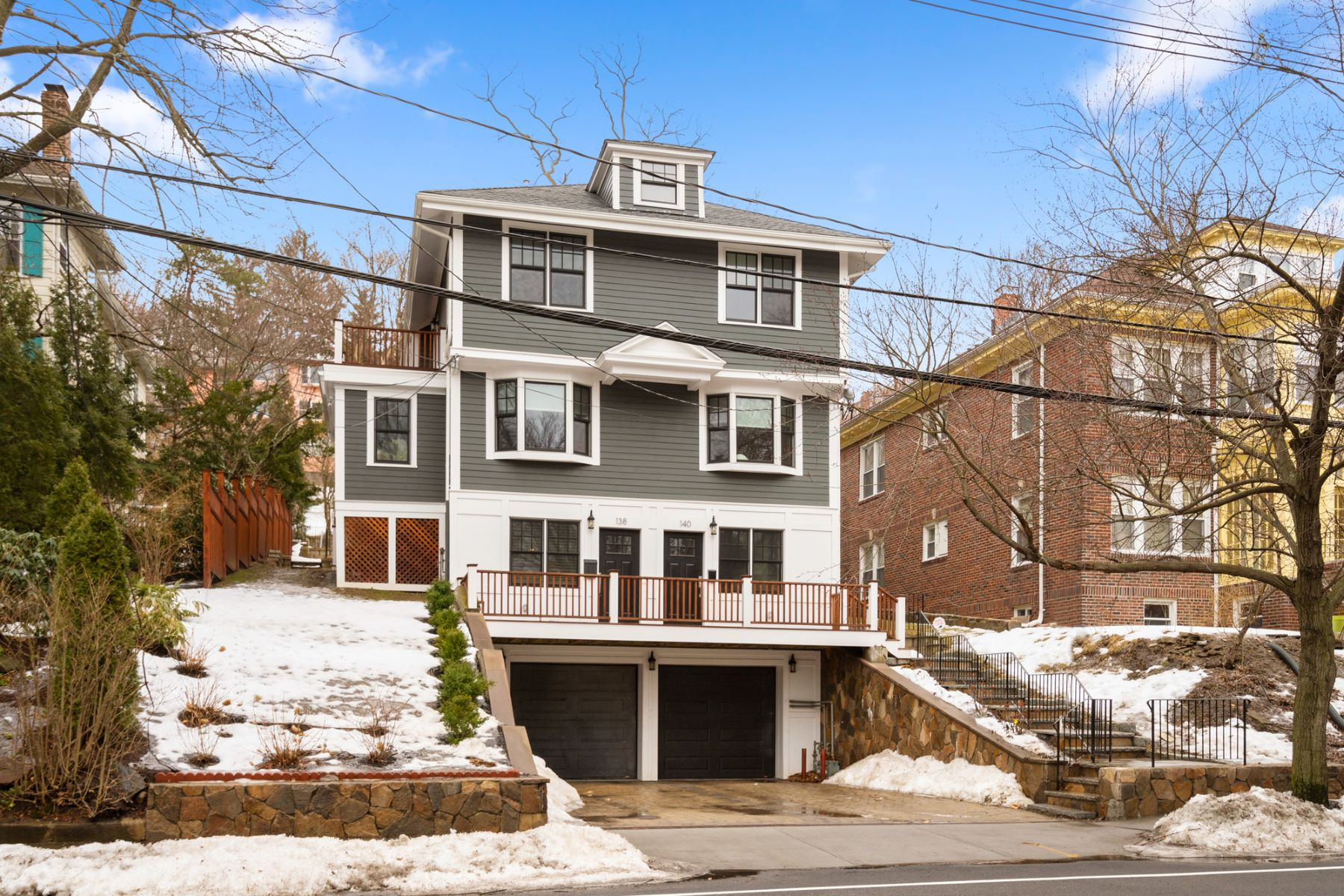 Condominium for Active at 140 Winchester St 140 Brookline, Massachusetts 02446 United States