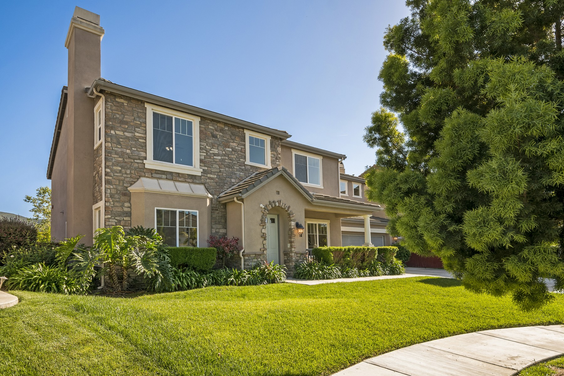Single Family Home for Sale at 16022 Palomino Valley Road, San Diego San Diego, California, 92127 United States