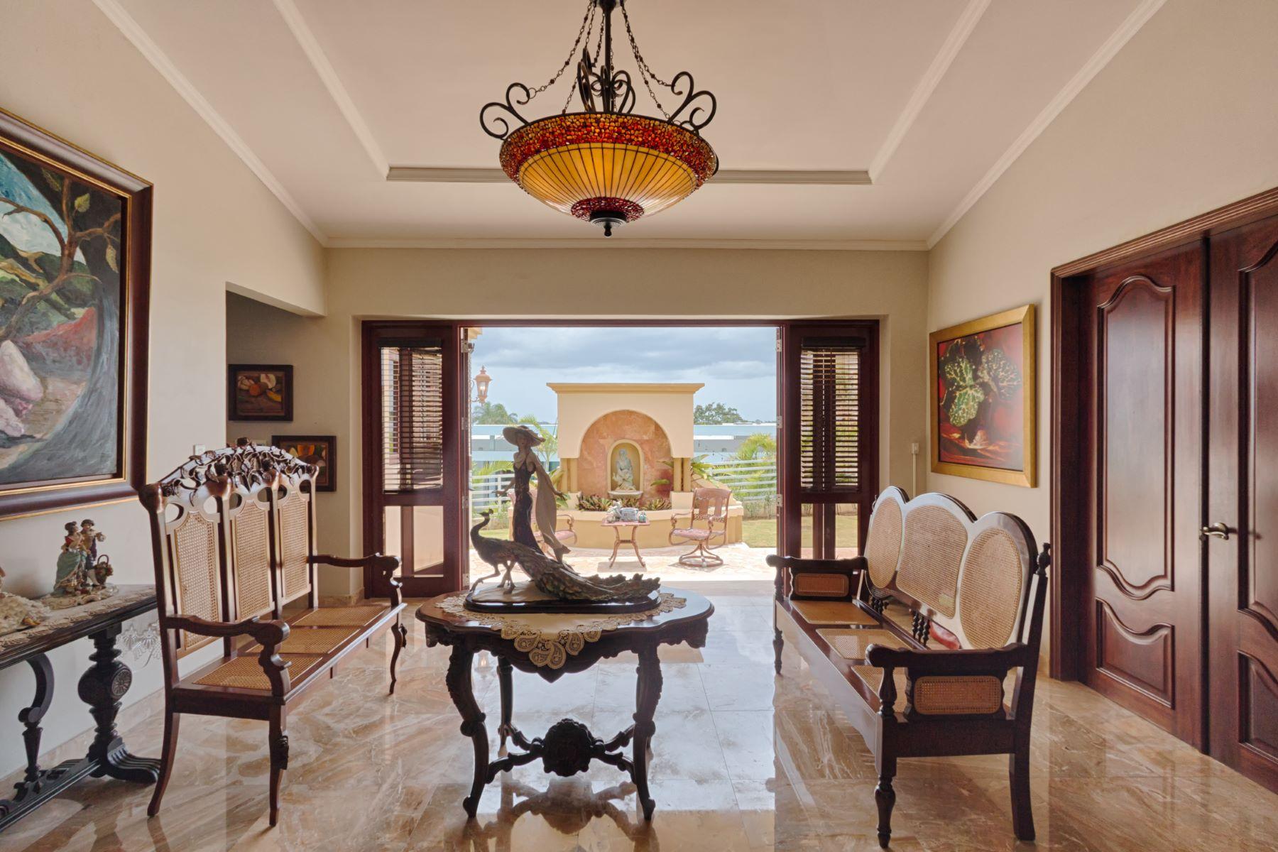 Additional photo for property listing at Opulent Designer Estate 95 Mirador Street. Paseo Alto Los Paseos San Juan, 00926 Puerto Rico