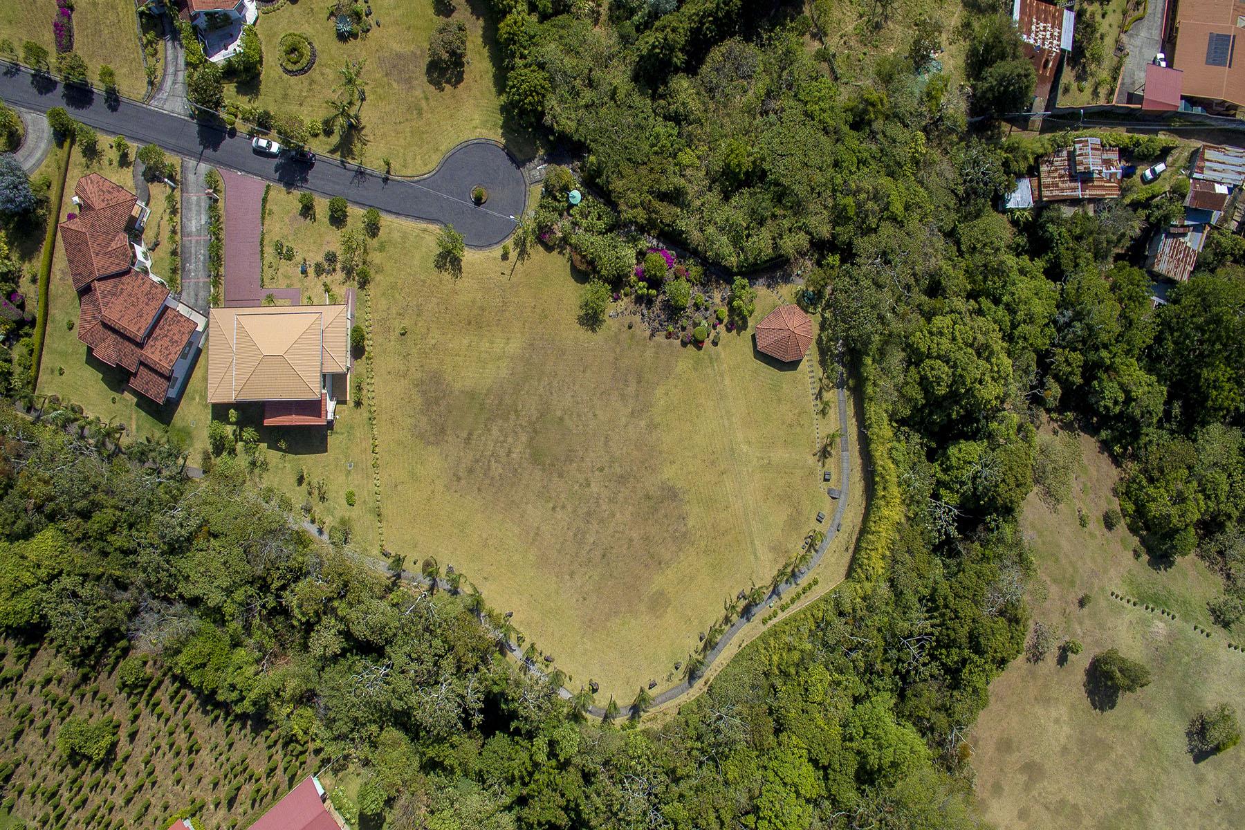Additional photo for property listing at LOTE CONDOMINIO SAN RAFAEL II San Rafael, Heredia Costa Rica
