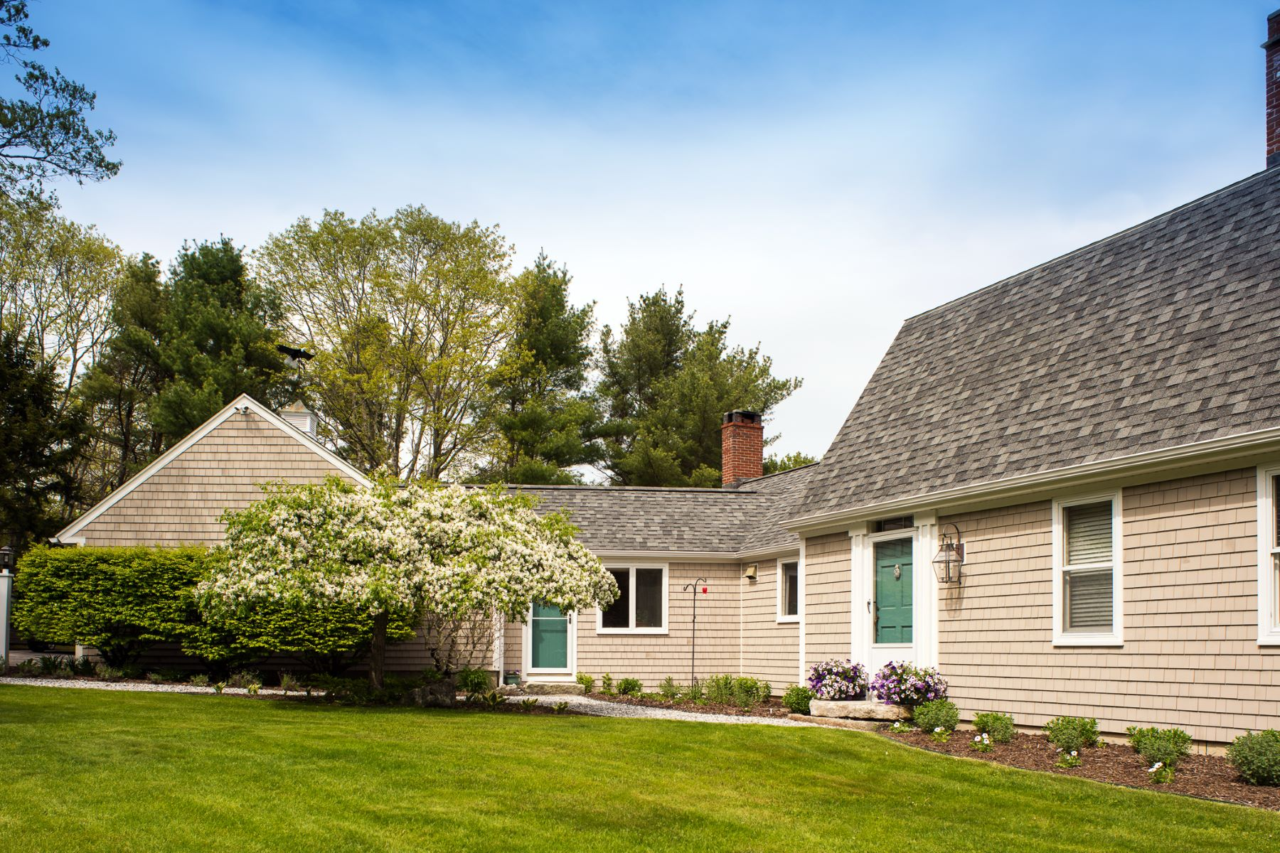 Single Family Home for Sale at 180 Pemaquid Harbor Road Bristol, Maine 04558 United States
