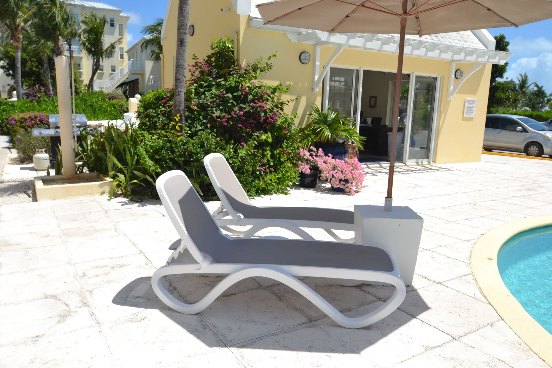 Additional photo for property listing at Reef Residences Reef Residences Grace Bay, Провиденсьялес TKCA 1ZZ Теркс И Кайкос