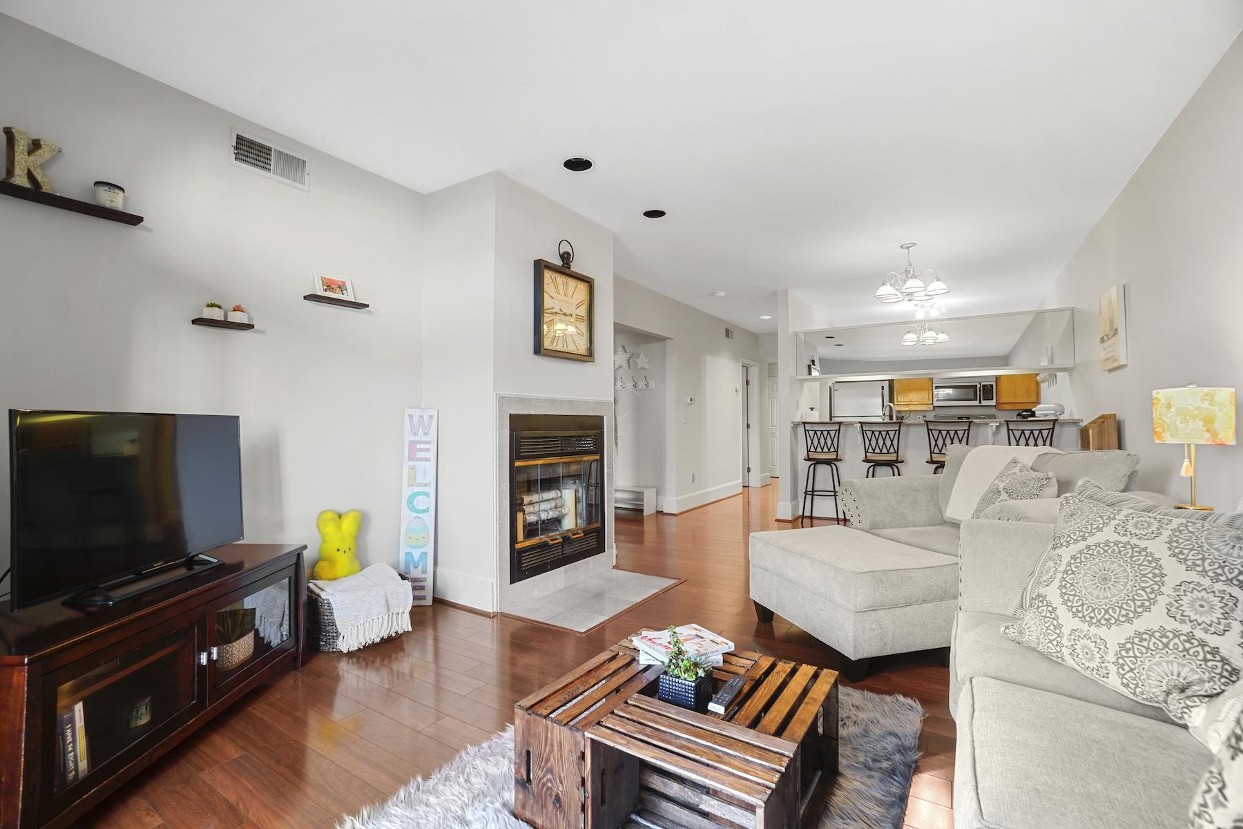 Condominiums for Active at 5 School Street - Unit 1 5 School St 1 Salem, Massachusetts 01970 United States