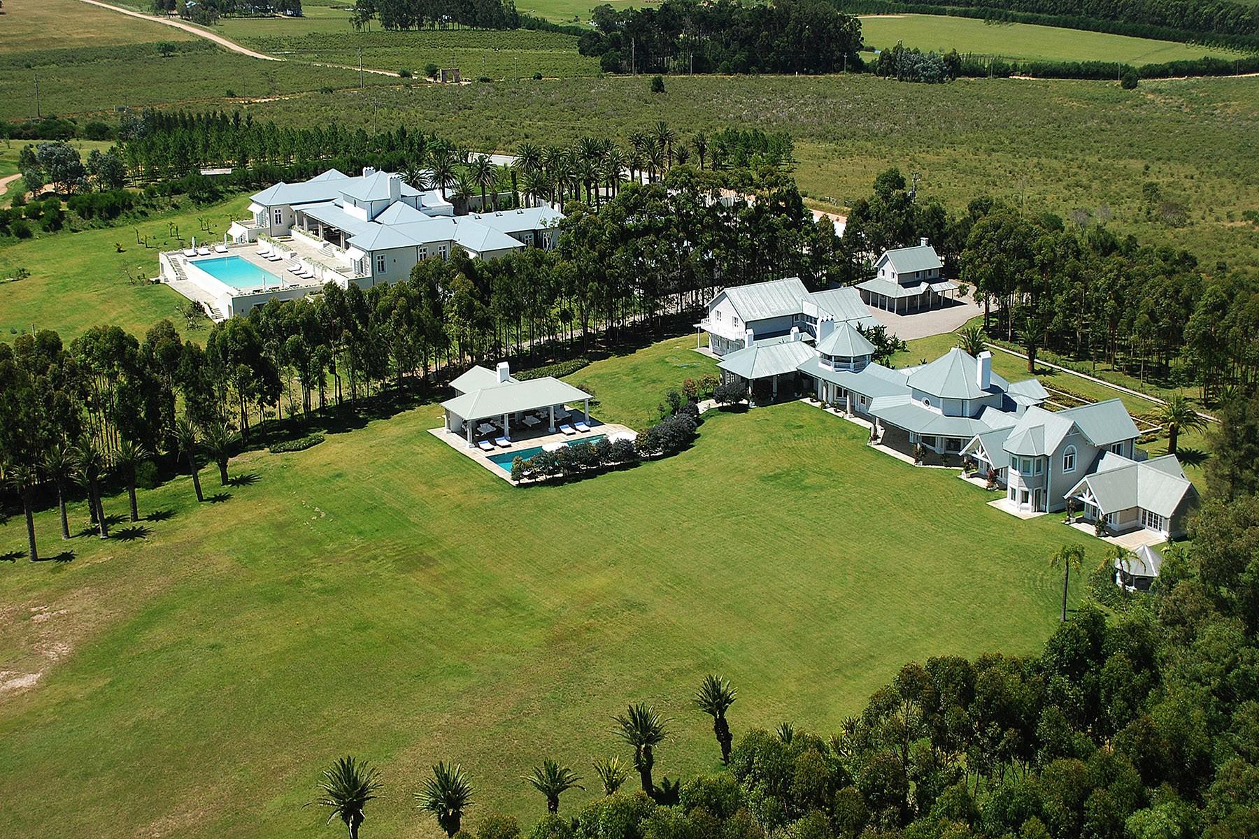 Granjas / Hacienda / Platanción por un Venta en Spectacular mansion in La Barra La Barra, Maldonado Uruguay