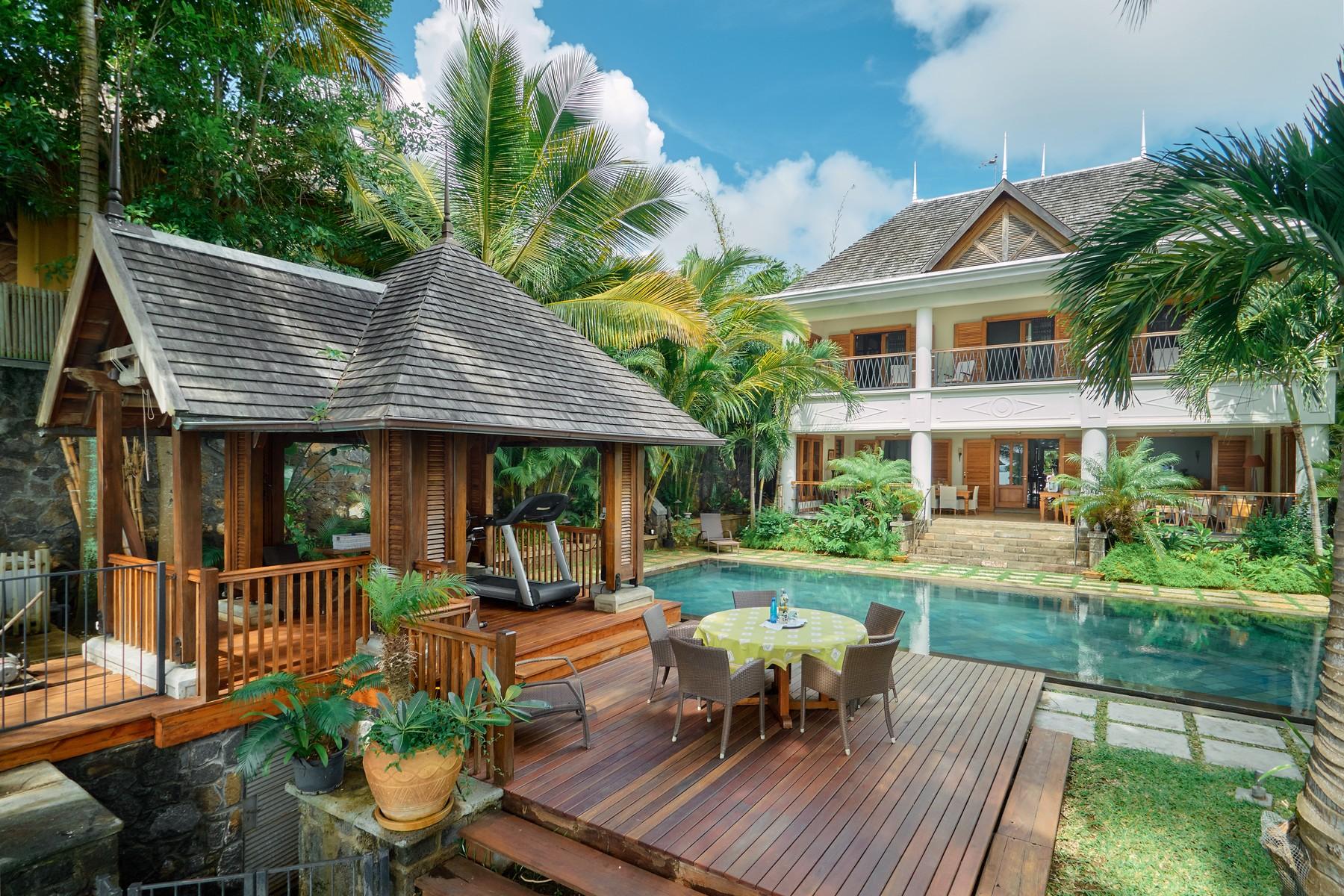 단독 가정 주택 용 매매 에 Luxury Family Waterfront Villa in Grand Baie Grand Baie, Riviere Du Rempart, 모리셔스