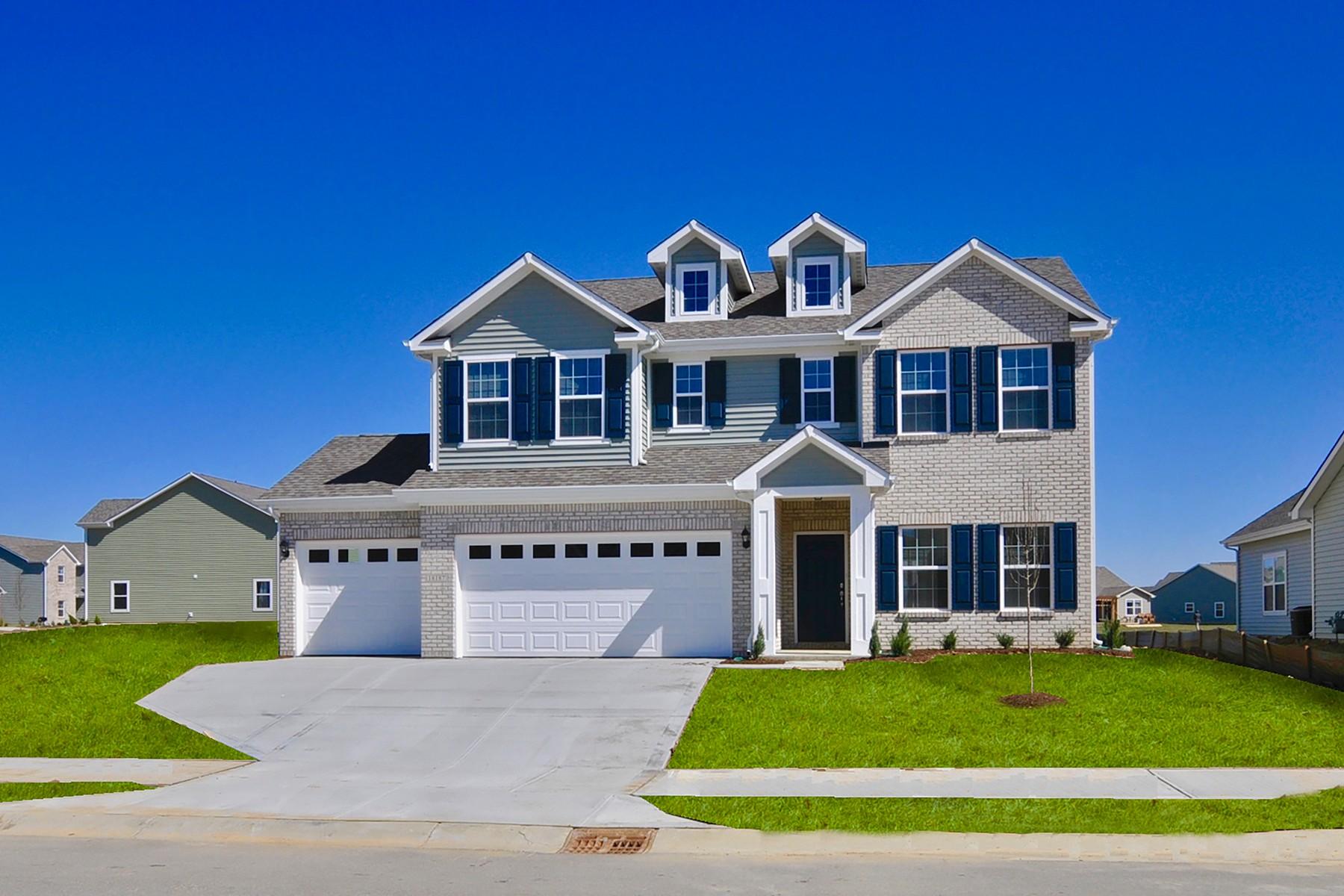 Casa Unifamiliar por un Alquiler en Great 4 Bedroom Home in Westfield 18187 Nickel Plate Drive Westfield, Indiana 46074 Estados Unidos
