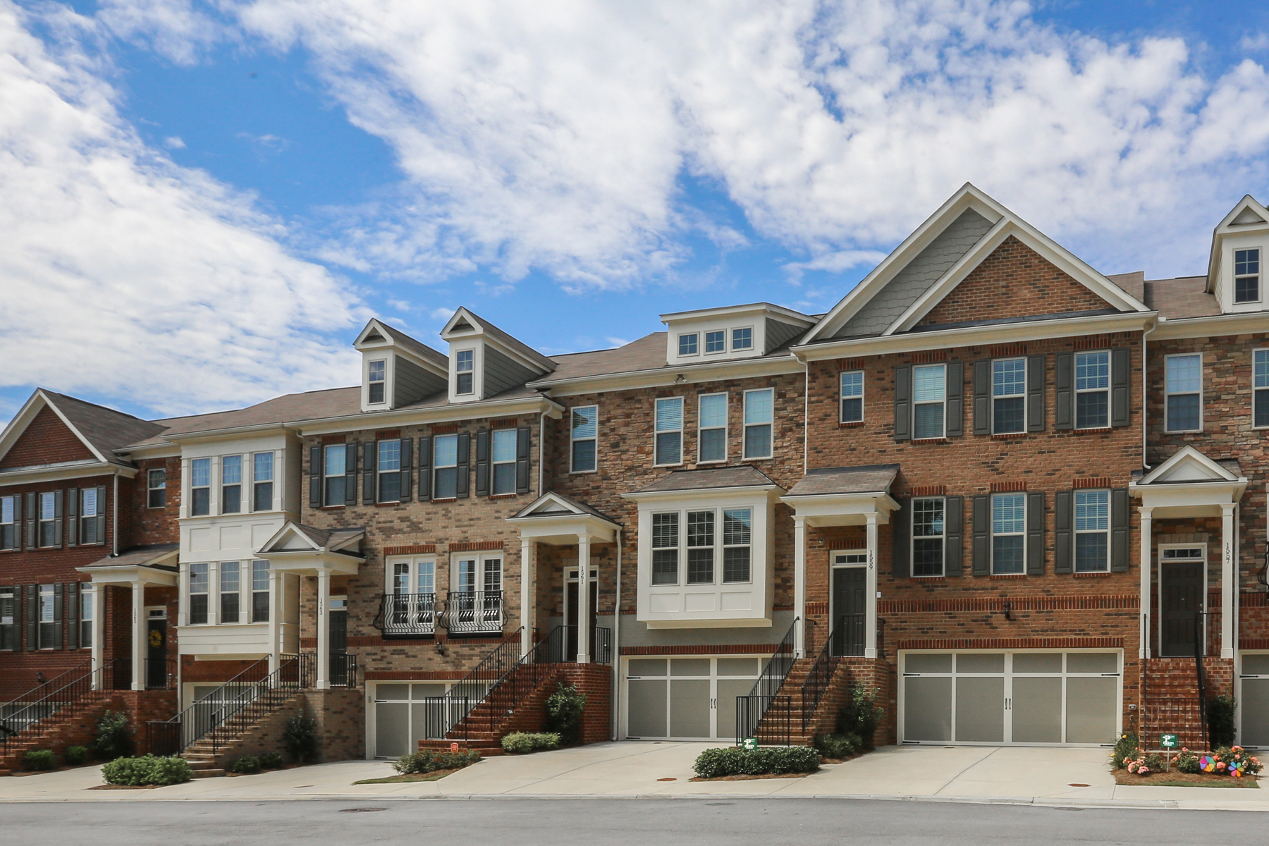 Townhouse for Sale at Traditional Townhome With Many Upgrades And Extras 1561 Brooksbank Drive Brookhaven, Georgia 30319 United States