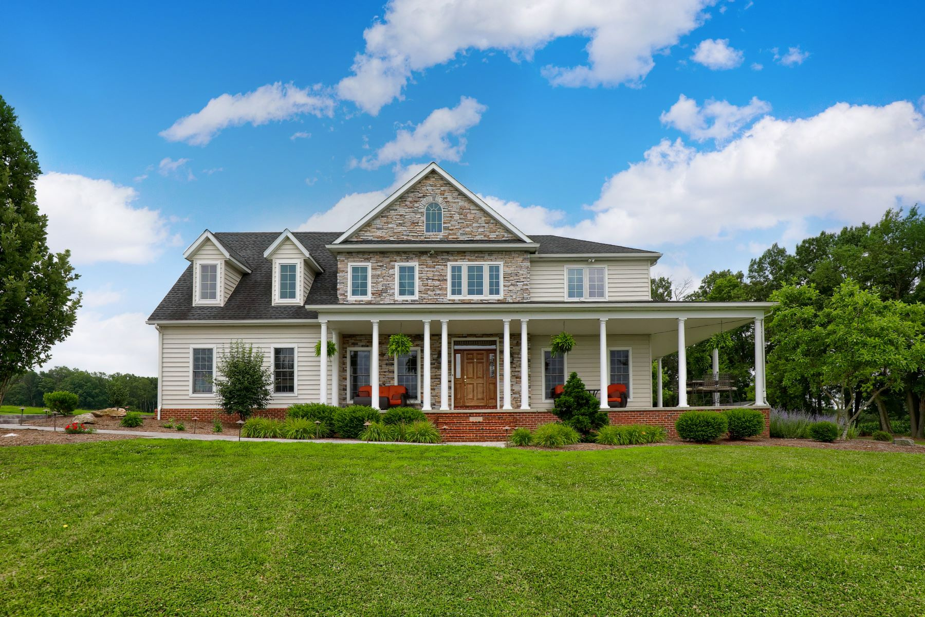 Single Family Homes for Sale at 5470 Mount Pisgah Road, 1, York, Pennsylvania 17406 United States