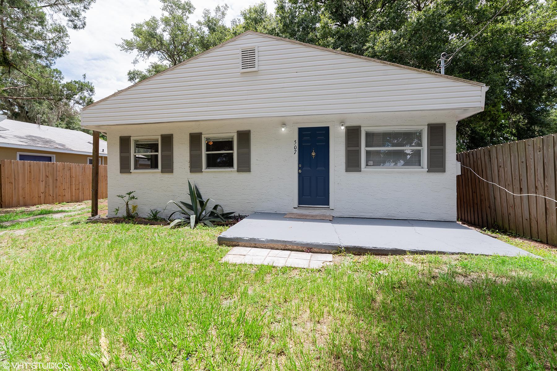 Single Family Homes için Satış at 507 Ferndale St, Holly Hill, Florida 32117 Amerika Birleşik Devletleri