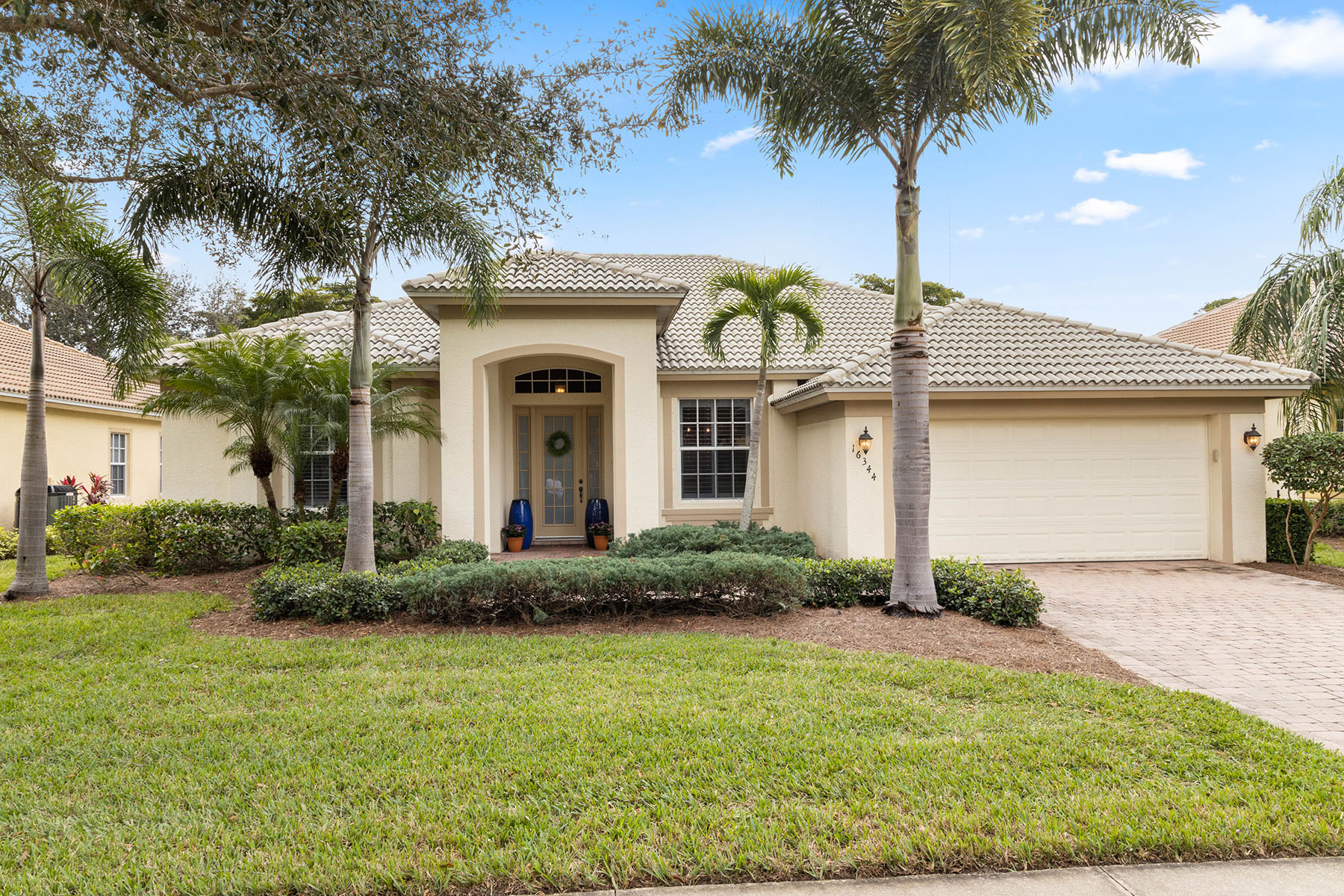 Single Family Homes for Sale at COCO BAY 16344 Coco Hammock Way Fort Myers, Florida 33908 United States