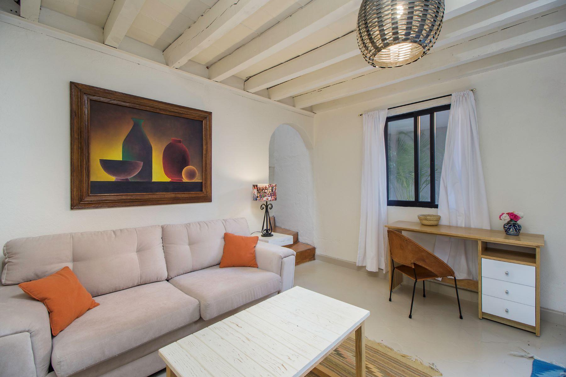 Additional photo for property listing at Casitas Aparicio Centro, San Miguel De Allende, Guanajuato Mexico