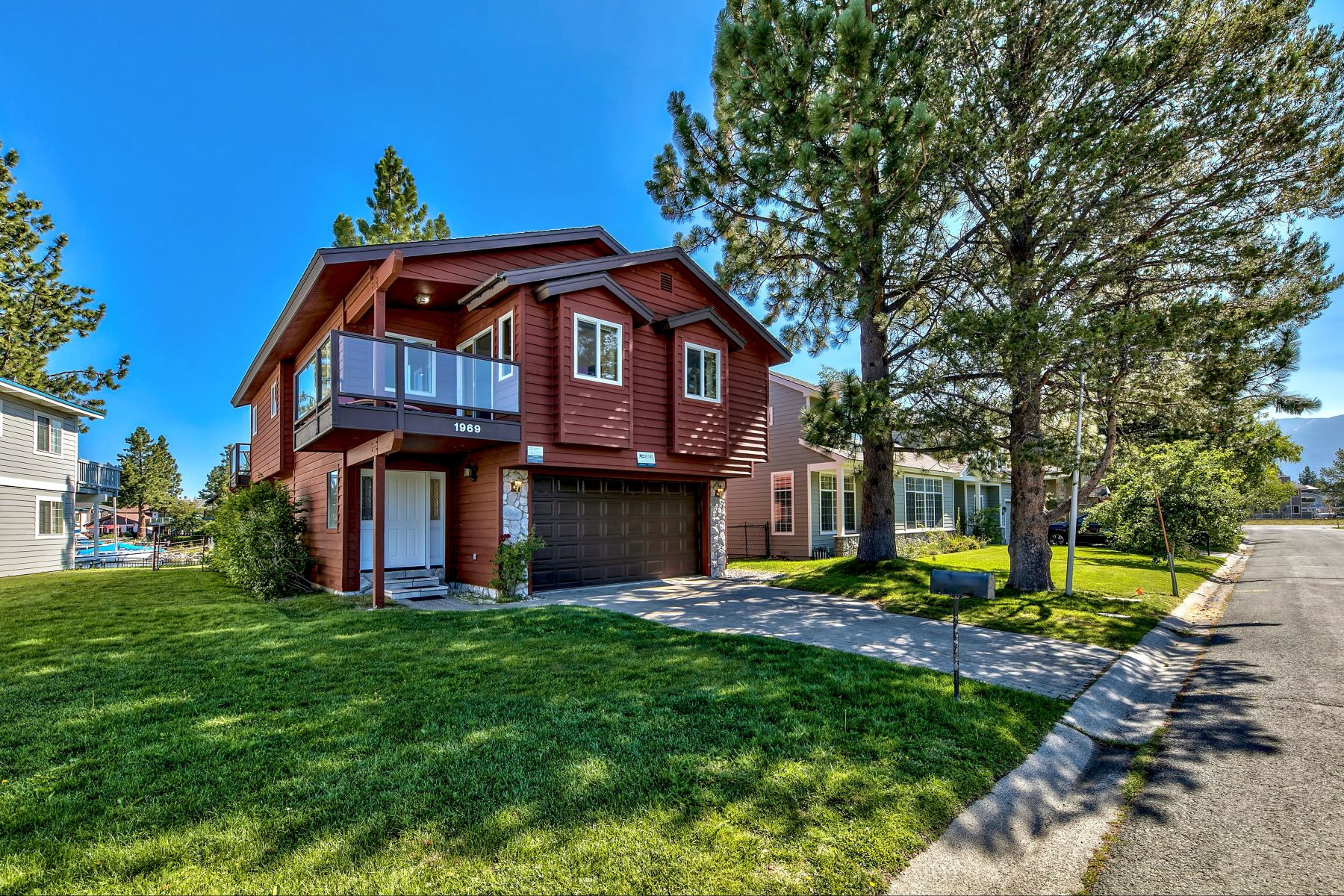 Single Family Homes for Active at Gorgeous Tahoe Keys waterfront home. 1969 Marconi Way South Lake Tahoe, California 96150 United States