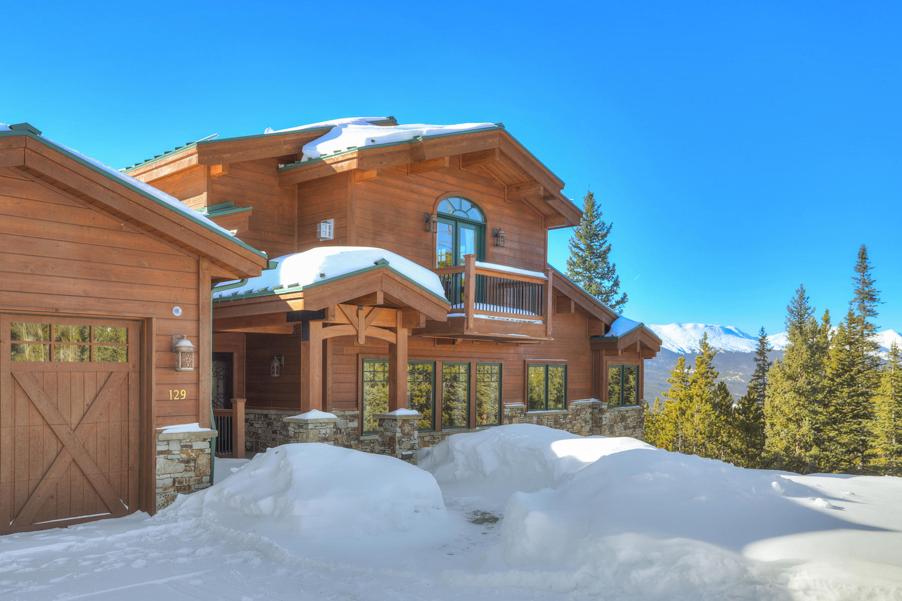 Single Family Homes for Active at Custom Luxury Log Home 129 Club House Road Breckenridge, Colorado 80424 United States