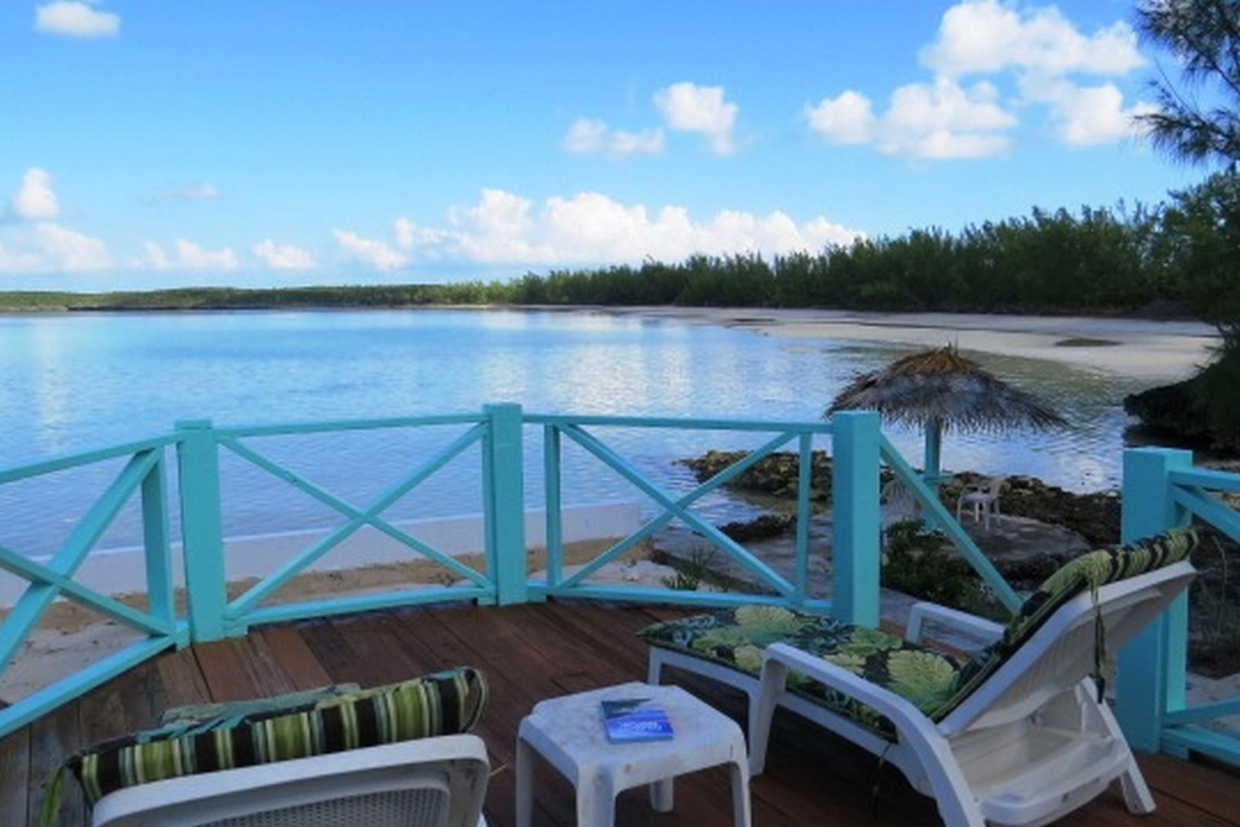 Additional photo for property listing at Sea Dreams Are Made of This Savannah Sound, Eleuthera Bahamas