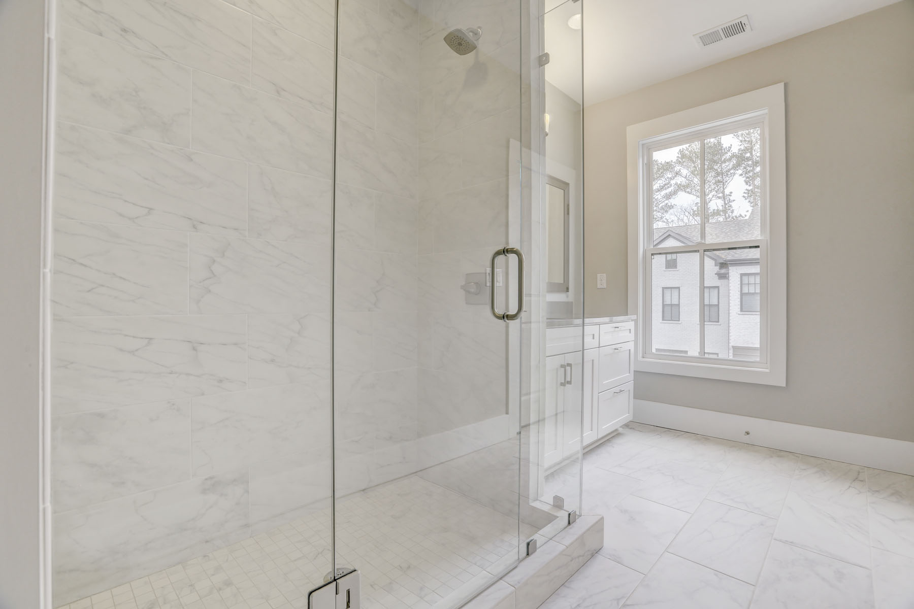 Additional photo for property listing at New Construction Townhome in the Heart of Dunwoody 4330 Georgetown Square No. 54, Dunwoody, Джорджия 30338 Соединенные Штаты