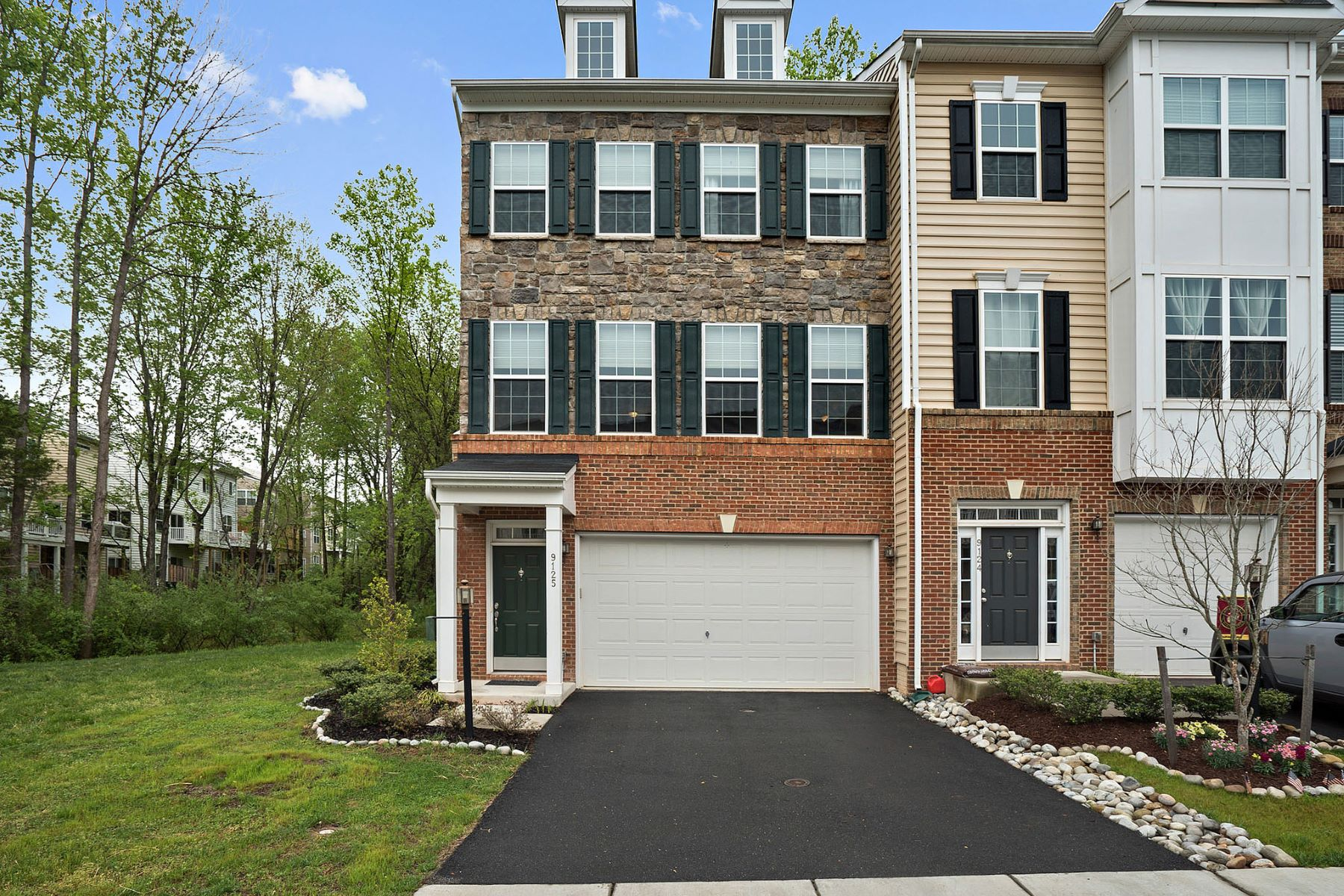 Townhouse for Sale at Jefferson Court 9125 Jefferson Ct Manassas, Virginia 20111 United States