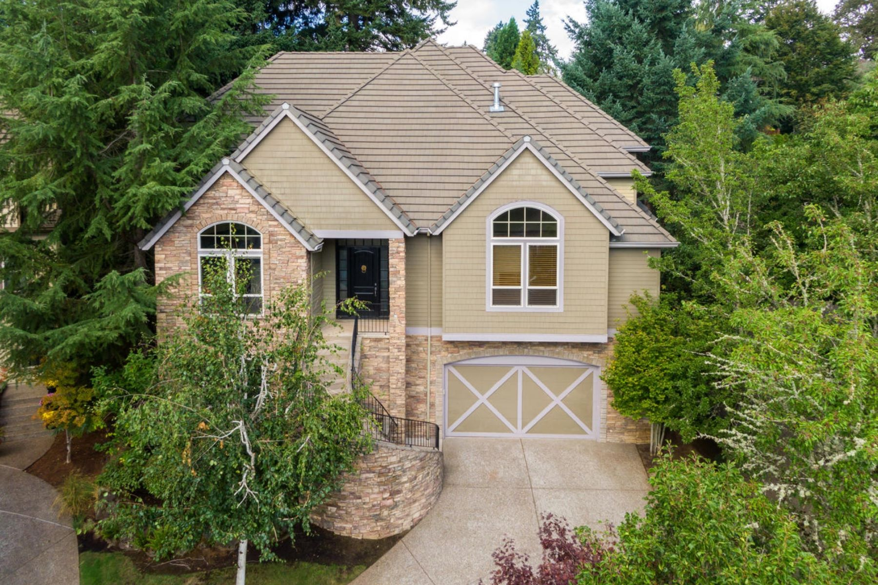 Single Family Homes pour l Vente à West Linn, Oregon 97068 États-Unis