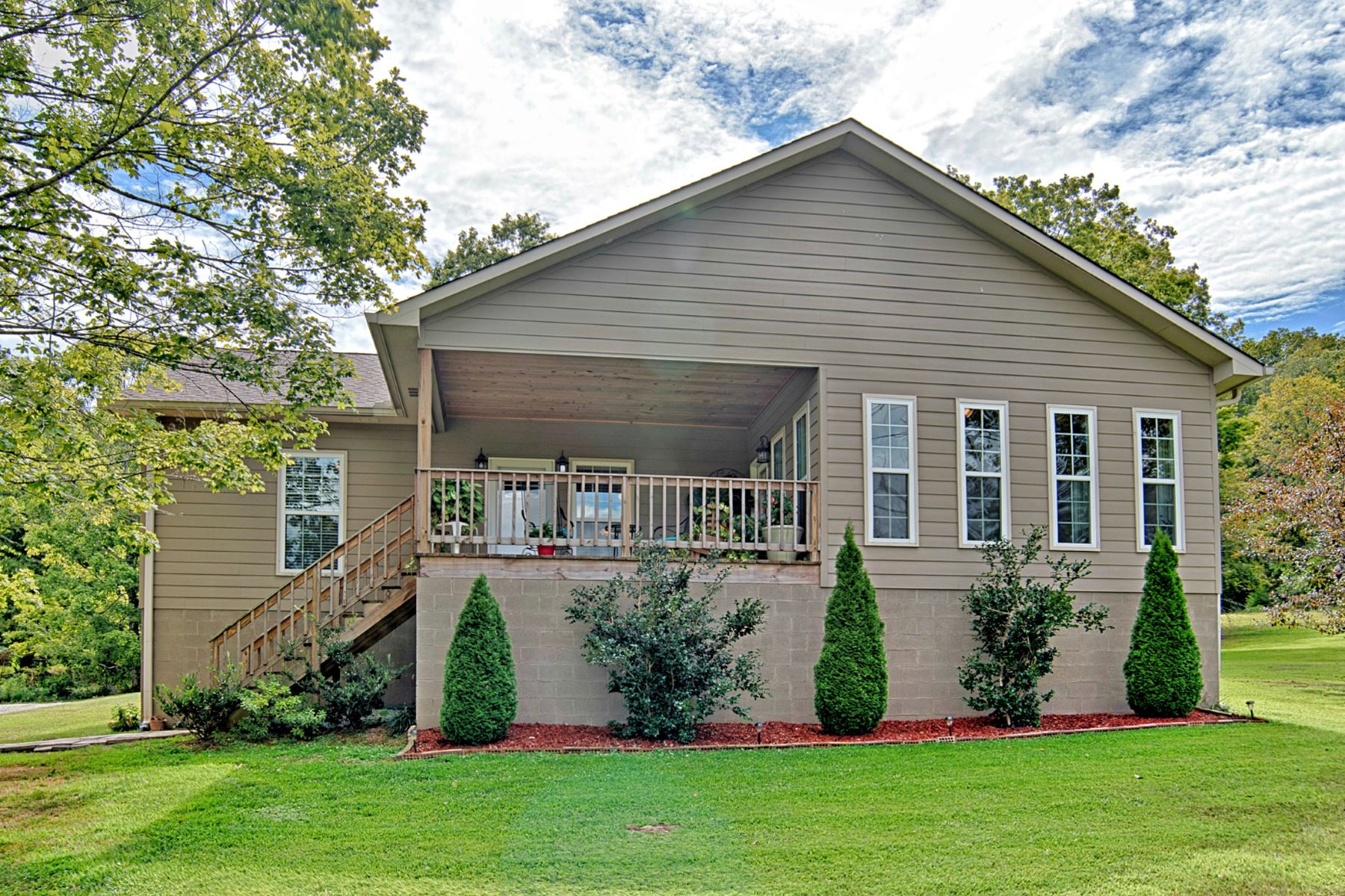 Single Family Home for Active at 4121 Cathedral Caverns Road Woodville, Alabama 35776 United States