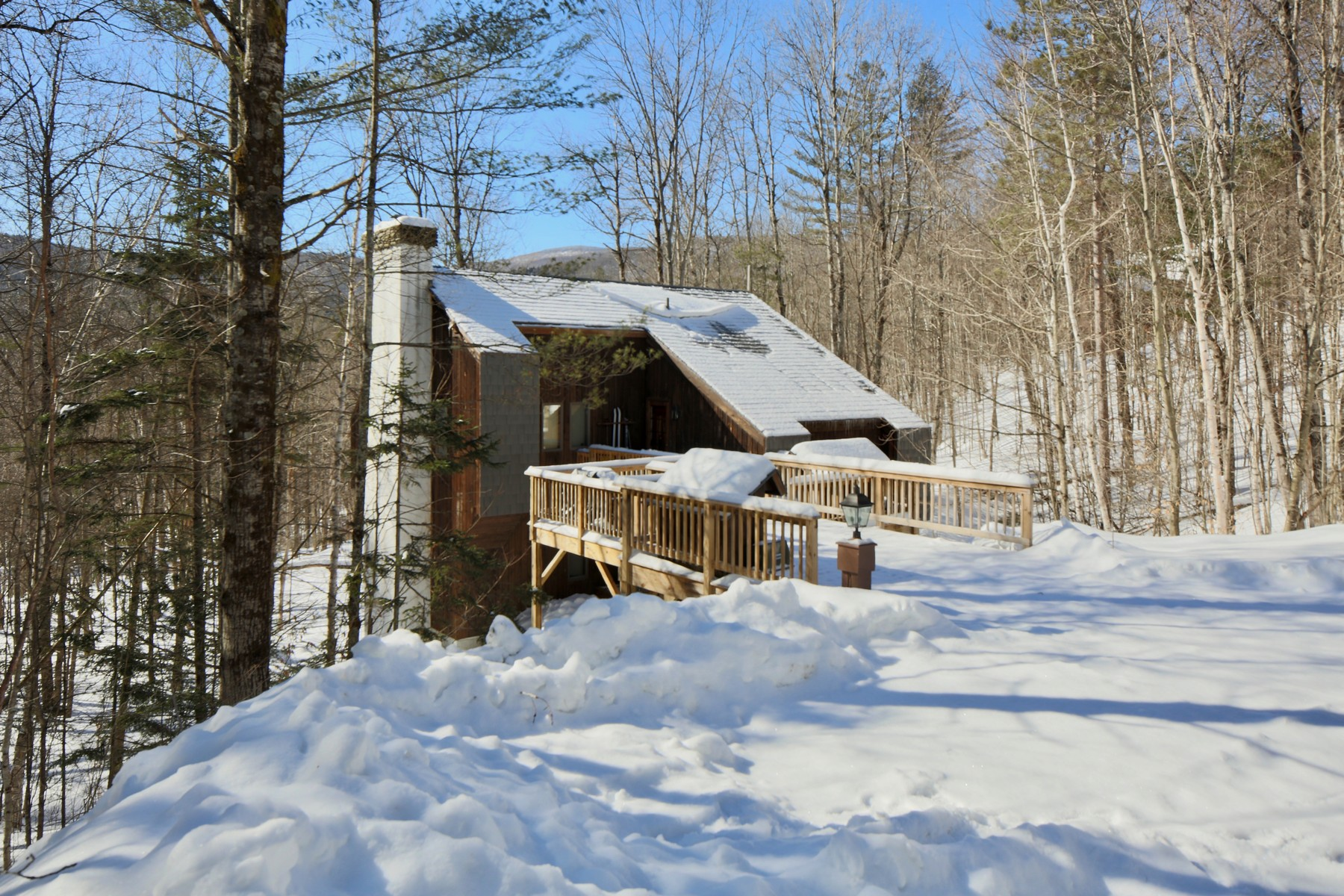 Single Family Home for Sale at Privately Set 43 Goshawk Dr Plymouth, Vermont 05056 United States