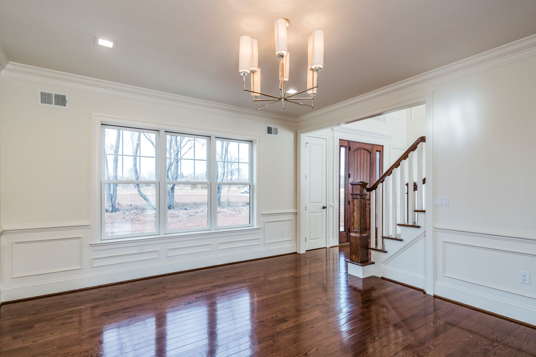 Additional photo for property listing at 21st Century Ingenuity Combines with Classic Design - Hopewell Township 6 Silvers Court, Pennington, New Jersey 08534 États-Unis