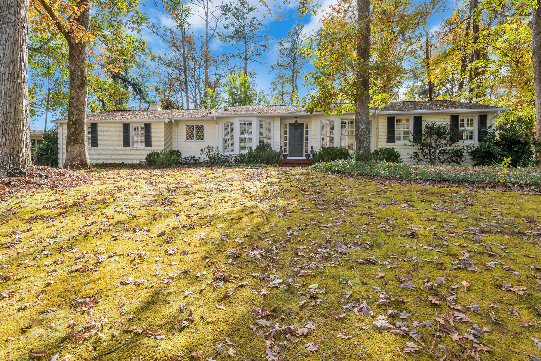 Single Family Home for Sale at Charming Updated Cottage Style Home With Great Cul-de-sac Location 3360 Pine Meadow Road NW Atlanta, Georgia 30327 United States