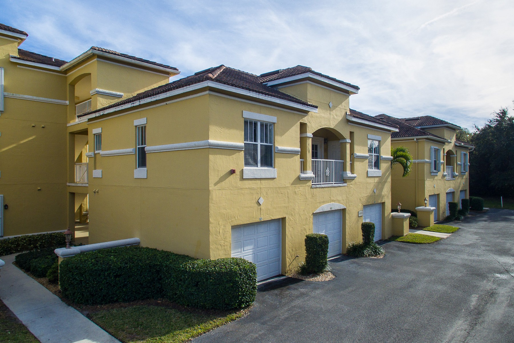 Condominium for Rent at Totally Renovated and Gorgeous Condo at Fairways at Grand Harbor 5045 Fairways Circle #D203 Vero Beach, Florida 32967 United States