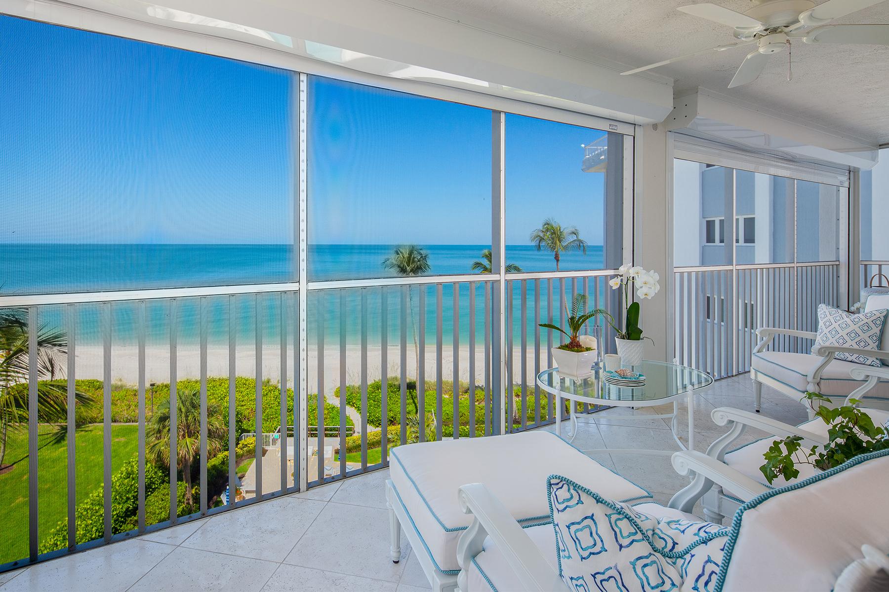 Condominiums para Venda às MOORINGS ~ LIONS GATE 2919 Gulf Shore Boulevard N , 601 Nápoles, Florida 34103 Estados Unidos