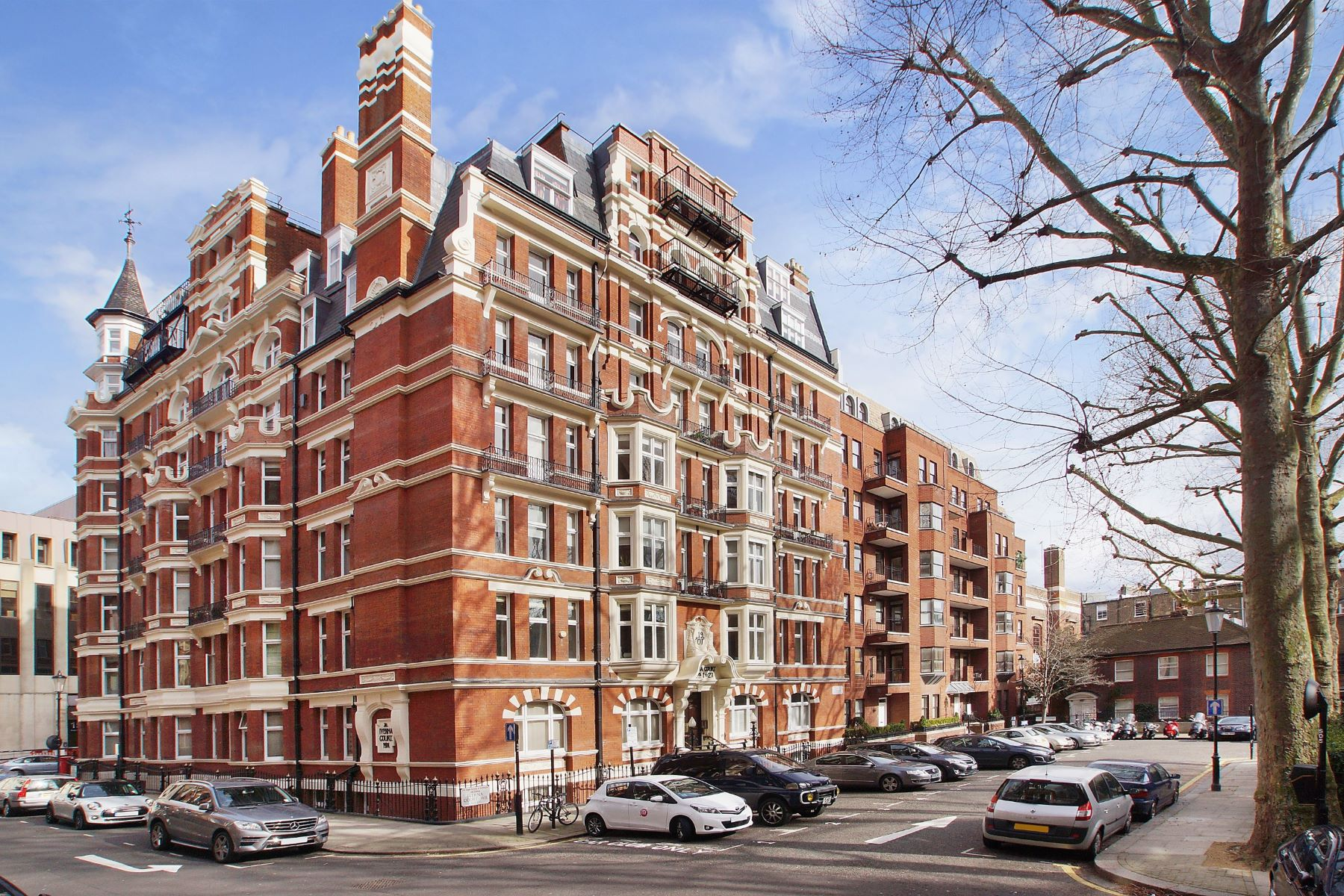 Appartement pour l Vente à Iverna Court, Kensington London, Angleterre, Royaume-Uni