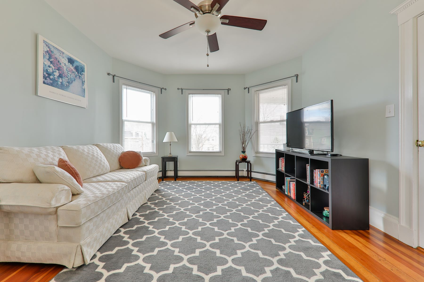 Condominium for Active at 44 Radcliffe Rd 3 Somerville, Massachusetts 02145 United States