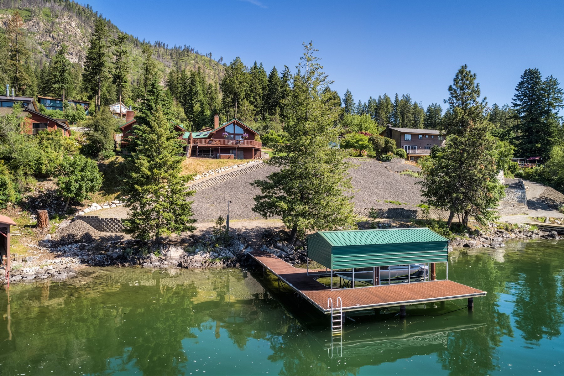 Single Family Homes por un Venta en Spectacular Bayview Waterfront and Shop 34155 N Pend Oreille Pines Dr Bayview, Idaho 83803 Estados Unidos