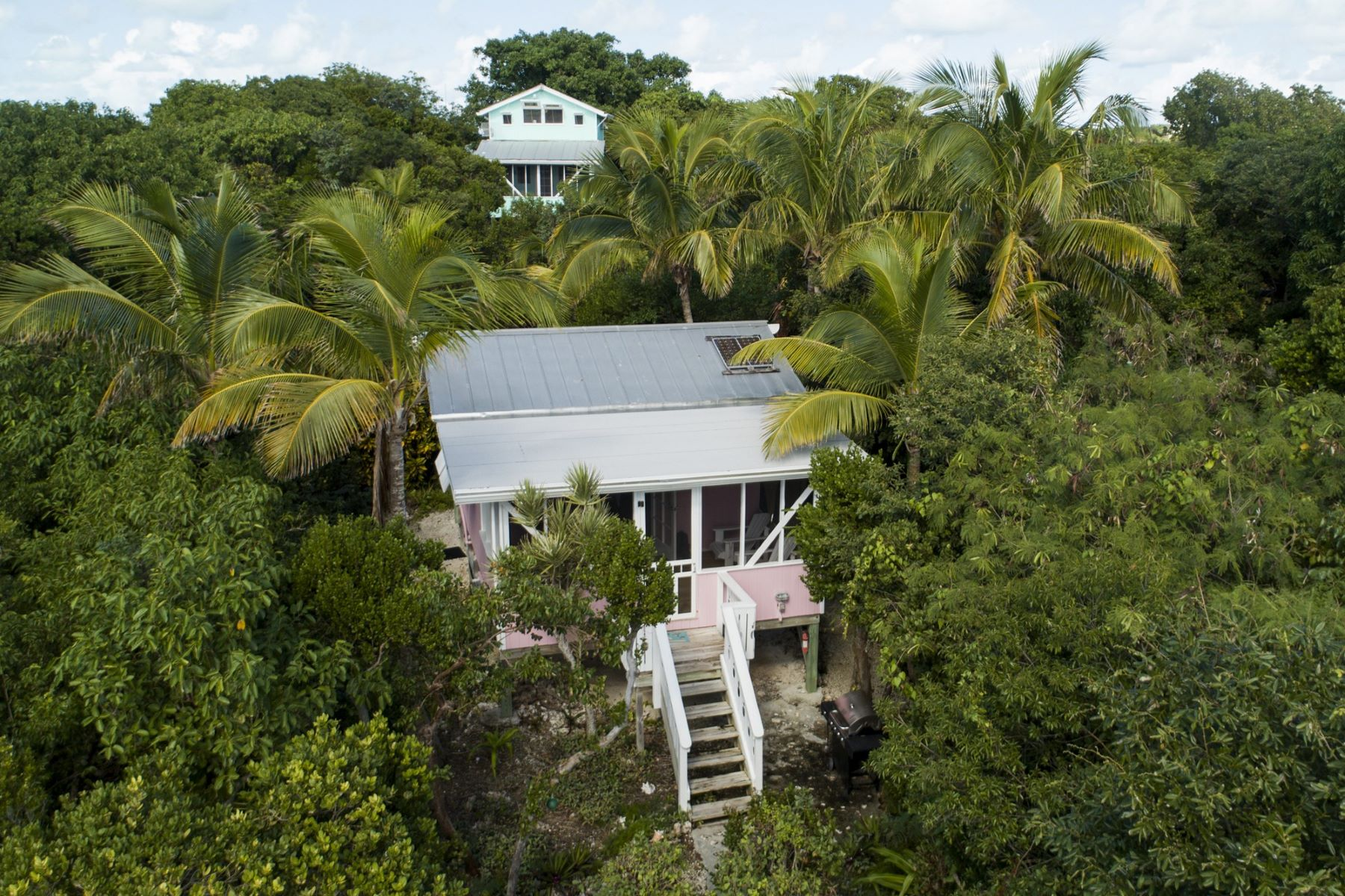Maison unifamiliale pour l Vente à Watercolors Cottages Lubbers Quarters, Abaco Bahamas