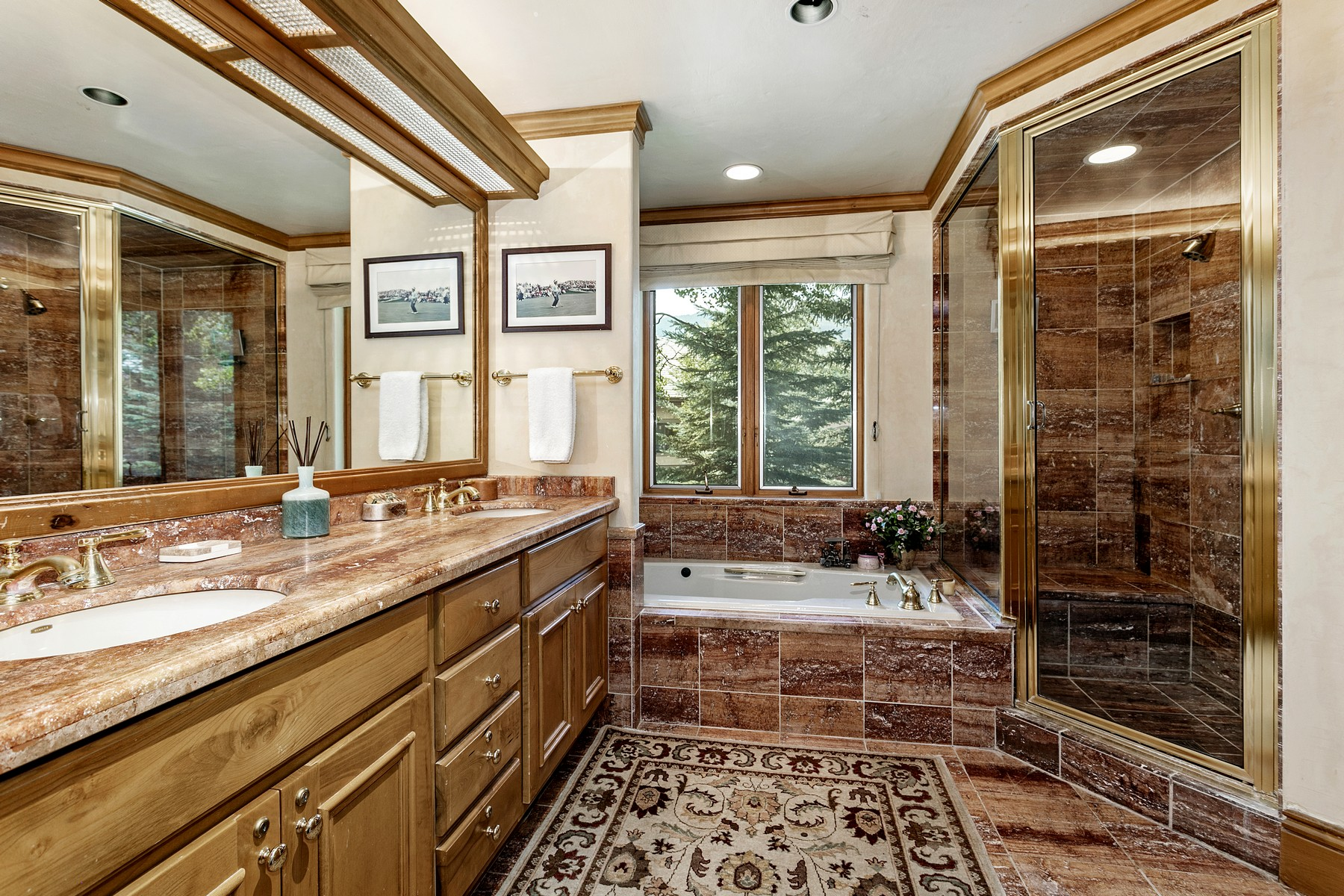 Additional photo for property listing at Greystone Townhomes #35 35 Greystone Court Beaver Creek, Colorado 81620 United States