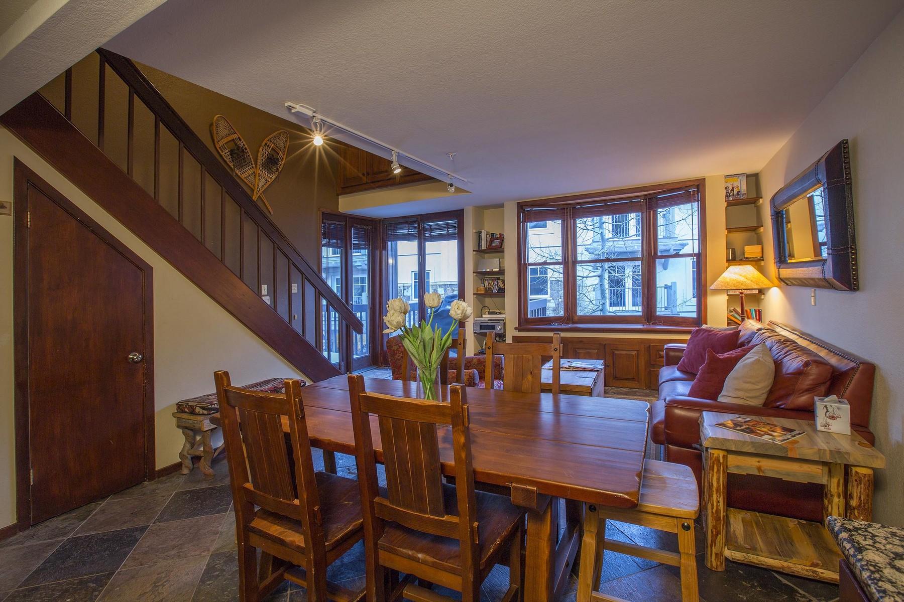 Nhà chung cư vì Bán tại Columbia Place 7 562 Mountain Village Blvd, Unit 7 Telluride, Colorado, 81435 Hoa Kỳ