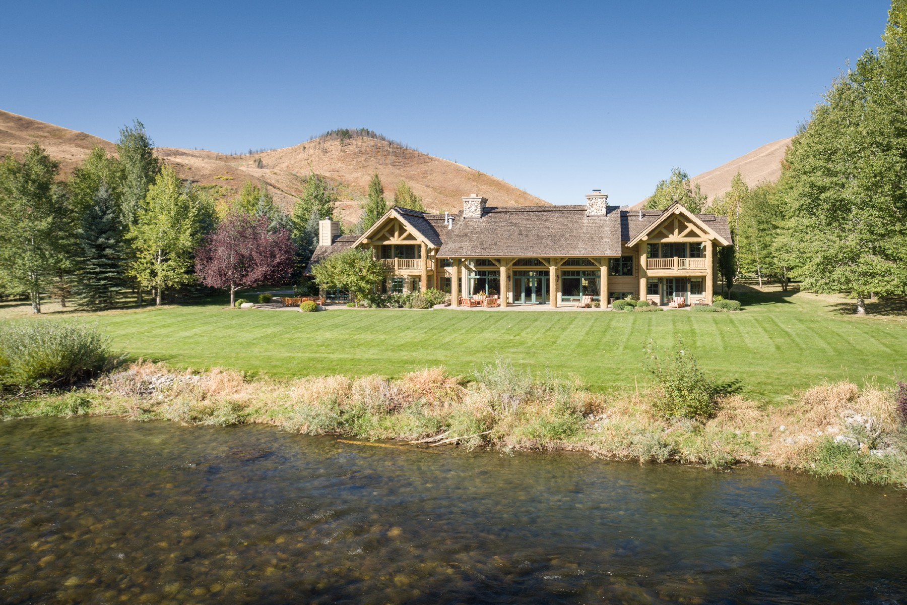 Single Family Home for Sale at Golden Eagle Riverfront Estate 160 S Golden Eagle Dr Hailey, Idaho 83333 United States