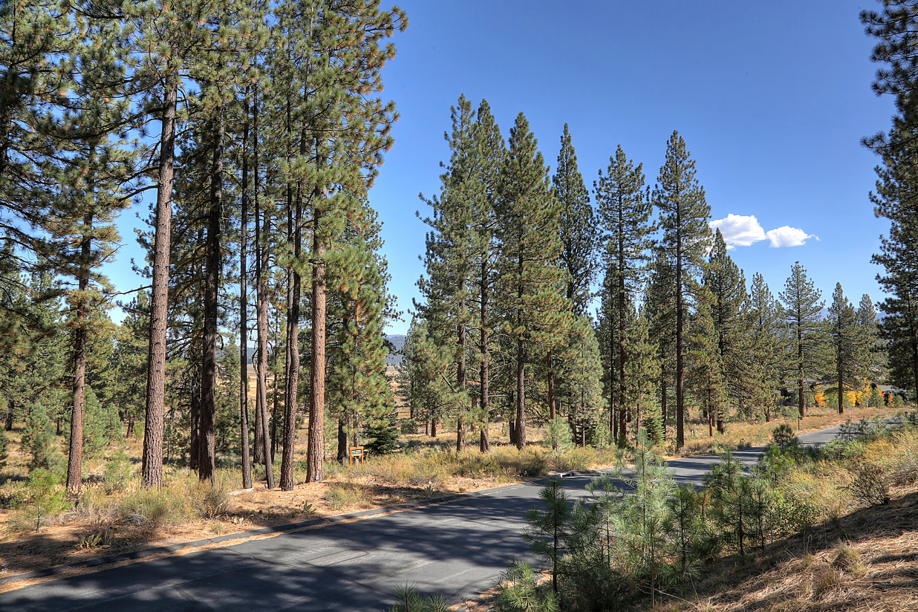 Land for Active at 7435 Lahontan Drive, Truckee, CA 96161 7435 Lahontan Drive Truckee, California 96161 United States