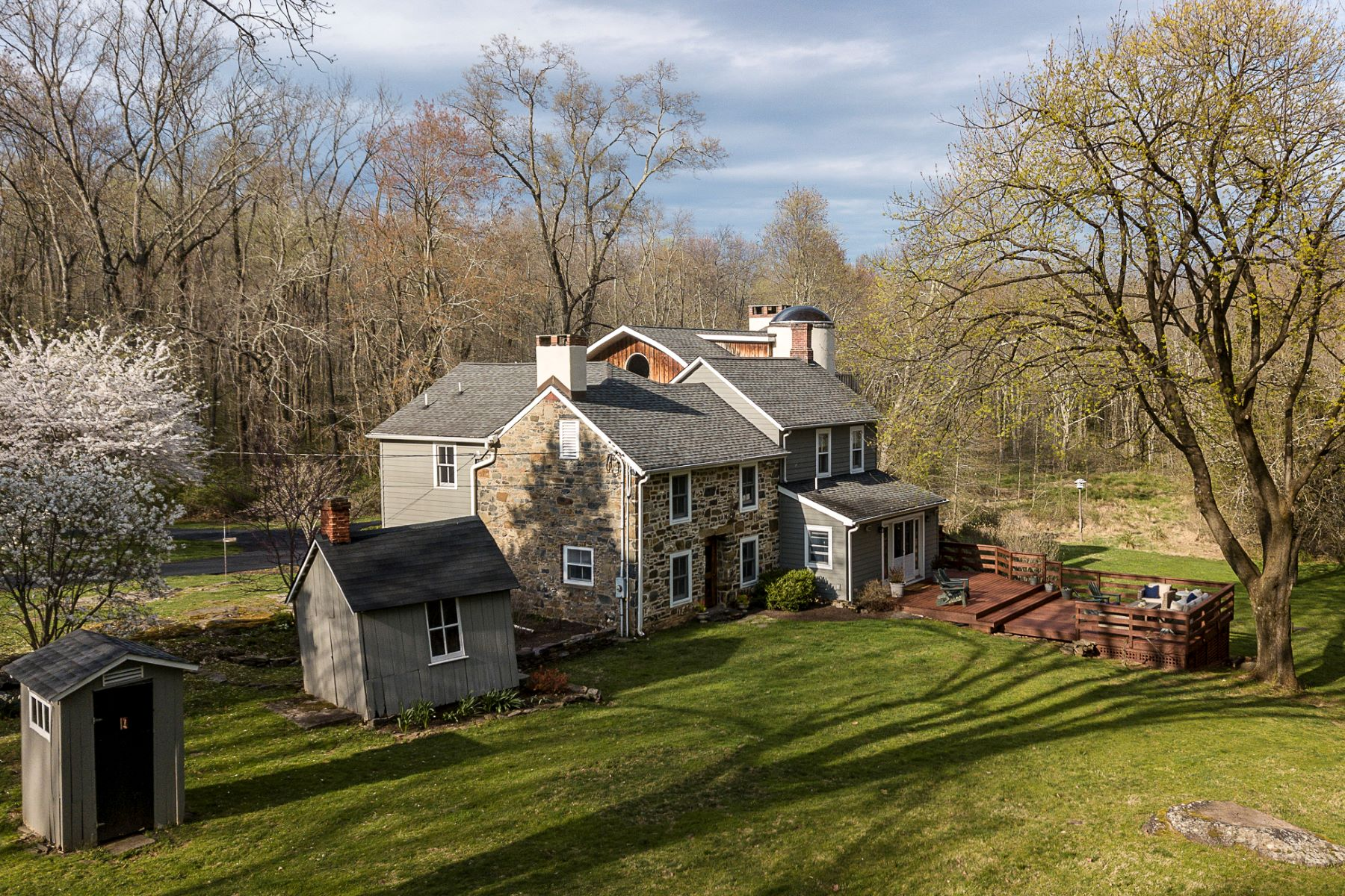 Additional photo for property listing at An Incredibly Special Home 54 Mountain Church Road, Hopewell, New Jersey 08525 United States