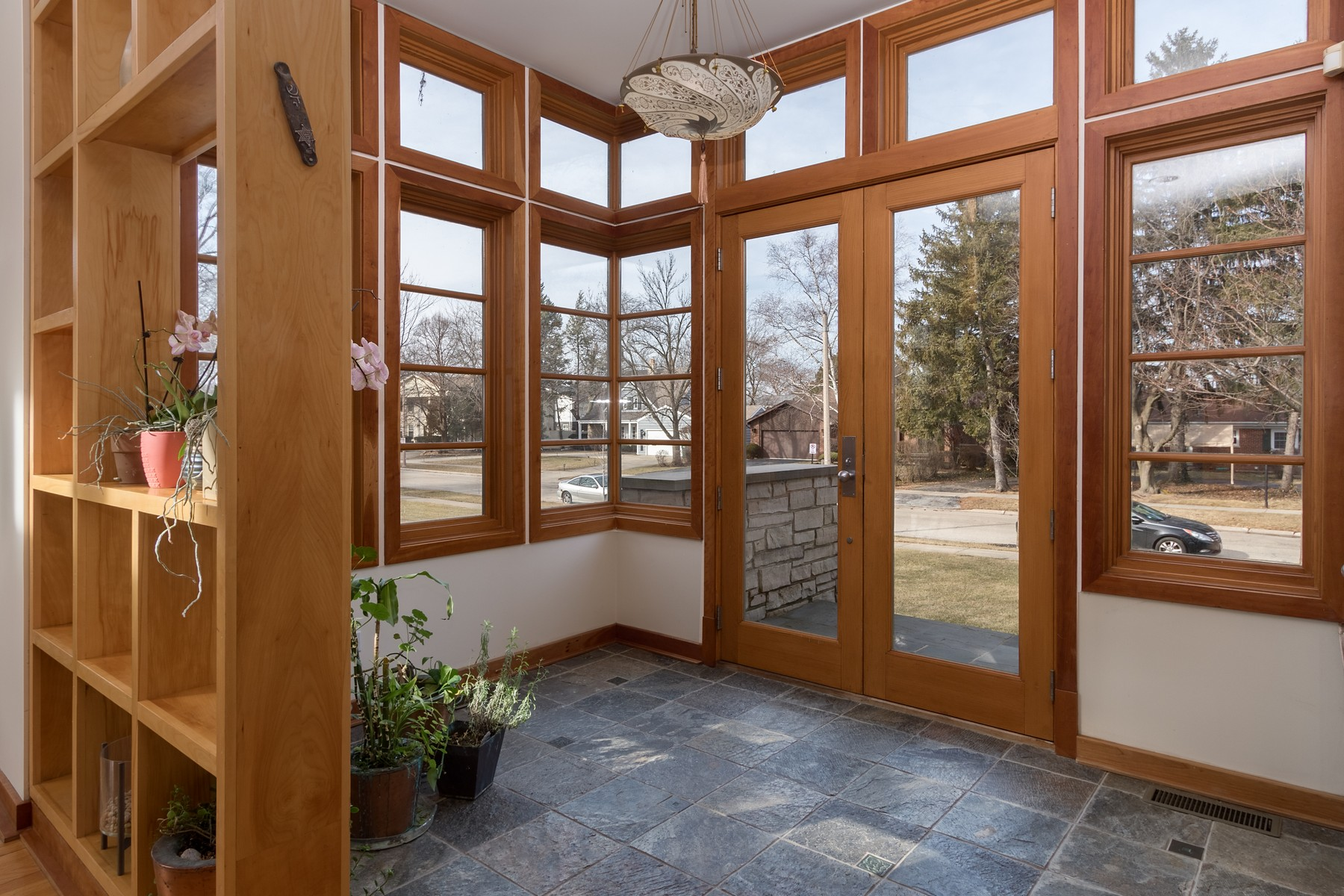 獨棟家庭住宅 為 出售 在 One of a Kind, Contemporary Wilmette Home 3221 Wilmette Avenue Wilmette, 伊利諾斯州, 60091 美國
