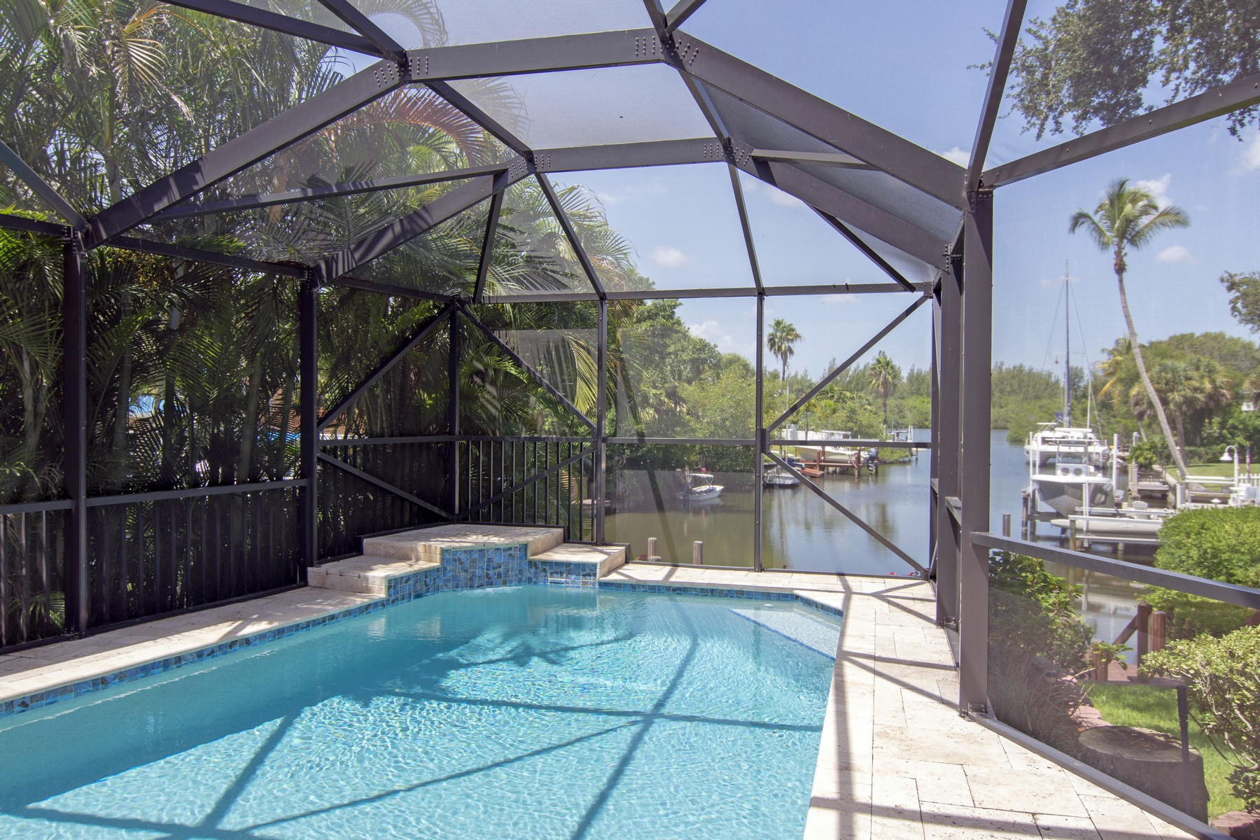 Additional photo for property listing at Private Dock, Private Pool 5125 Tradewinds Dr Vero Beach, Florida 32963 United States