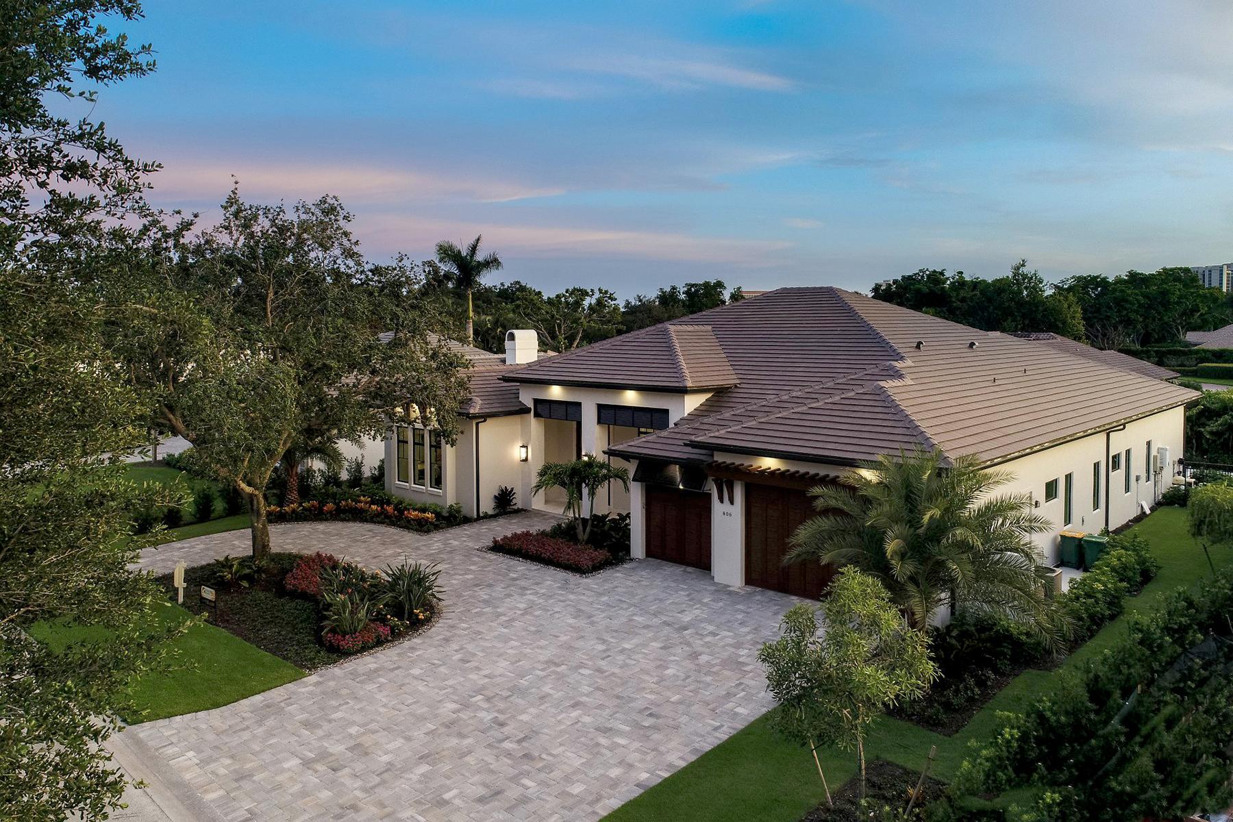 獨棟家庭住宅 為 出售 在 Pinecrest at Pelican Bay 806 Tallow Tree Ct Naples, 佛羅里達州 34108 美國