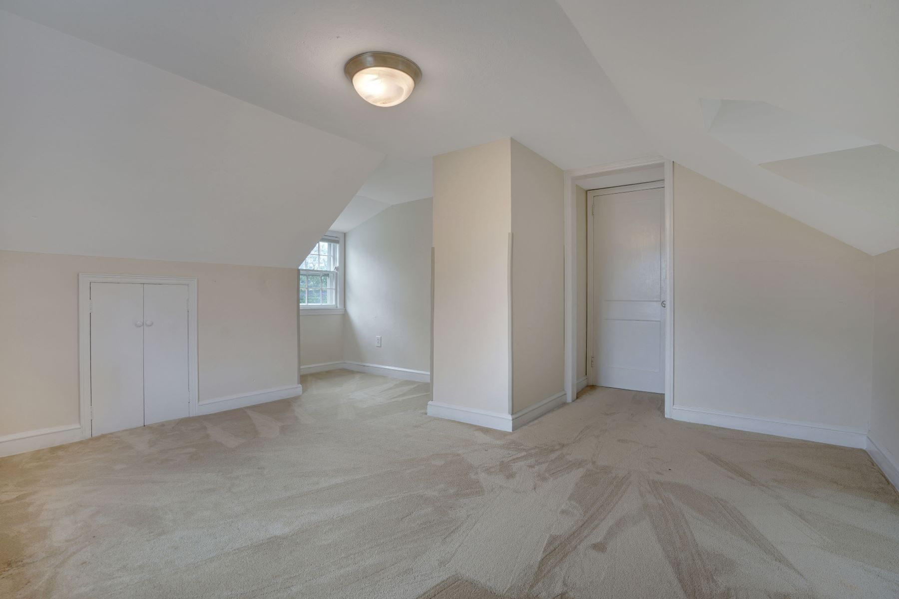 Additional photo for property listing at Classic Seashore Home 1117 New Brunswick Avenue, Wall, New Jersey 08736 États-Unis