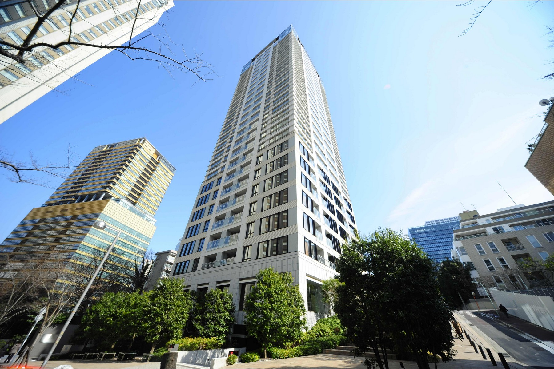 Condominium for Sale at Saion Sakurazaka Minato-Ku, Tokyo Japan