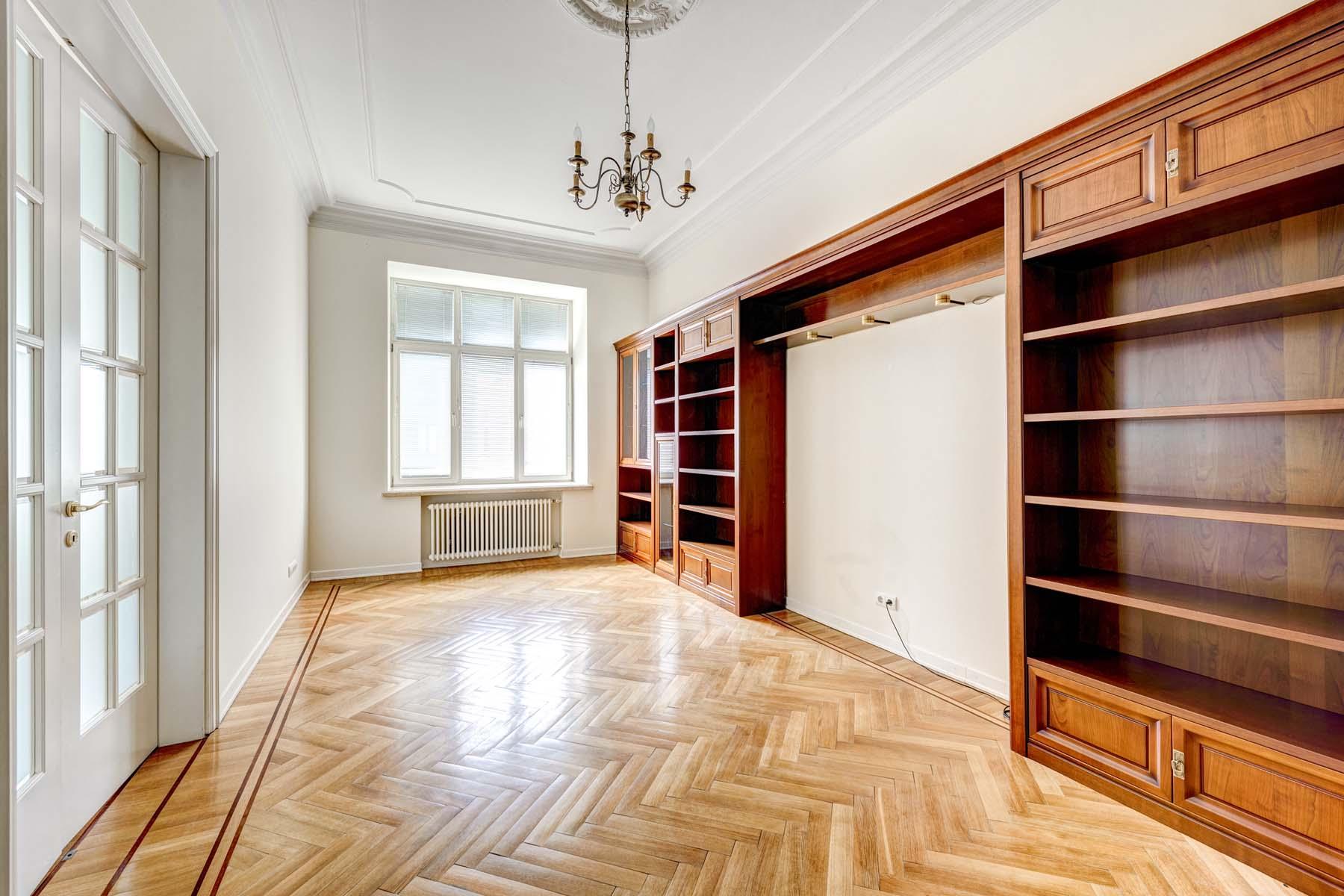 Apartments için Kiralama at Exquisite apartment in prestigious building in Romanov lane Moscow, Moskova Rusya